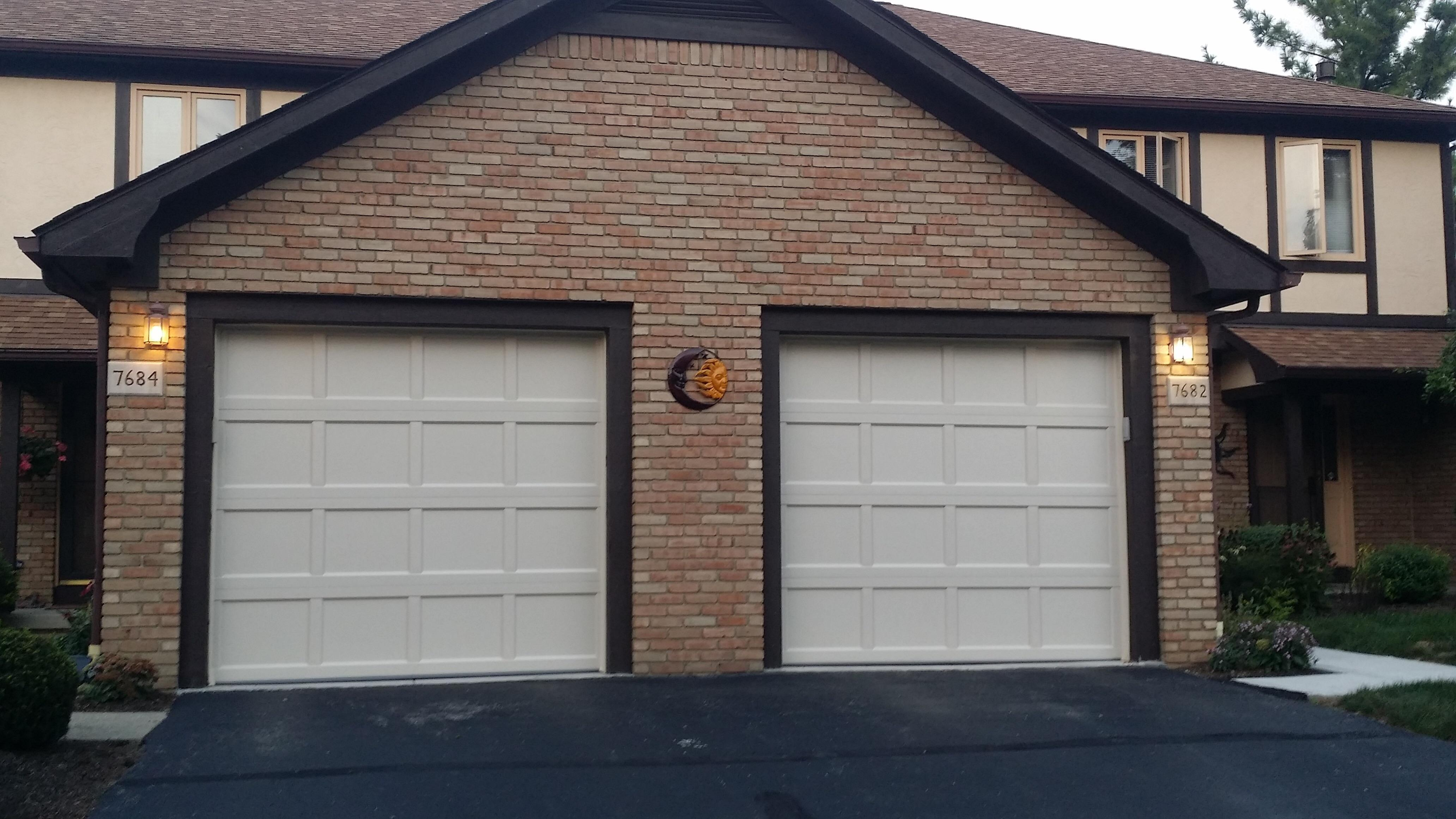 Doors garage doors around columbus oh ibegin for 1 5 car garage door