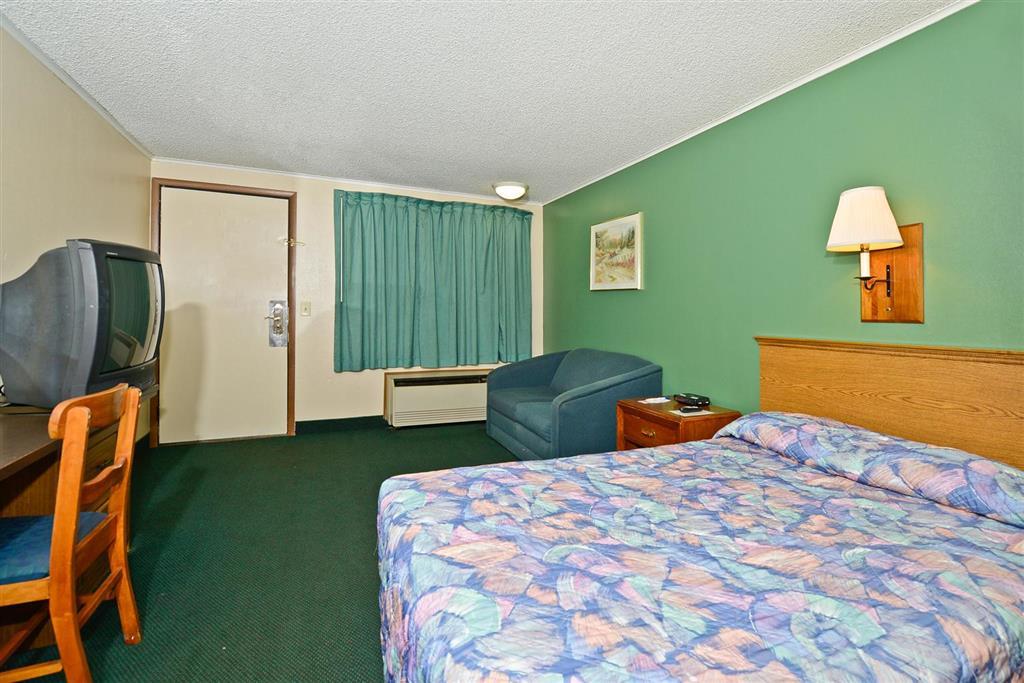 Americas Best Value Inn Covington image 10