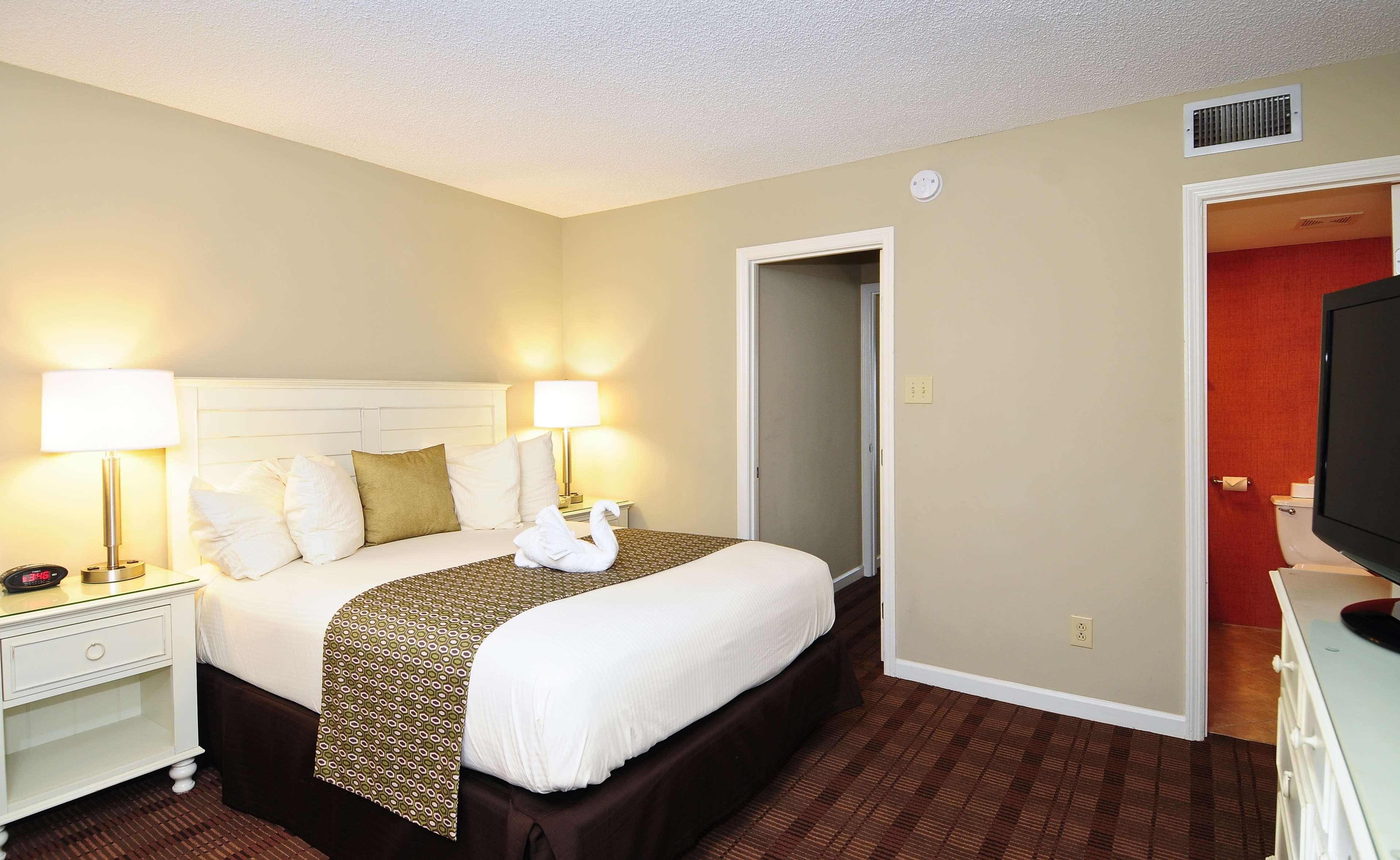 Best Western Plus Grand Strand Inn & Suites image 20