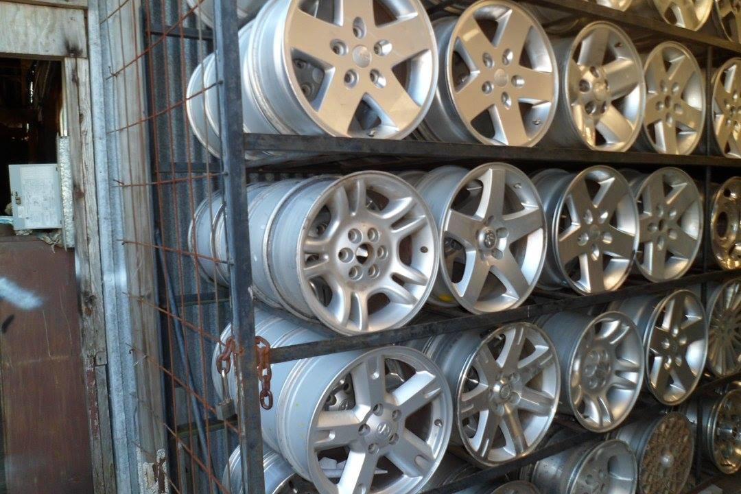 Frank's Auto Solutions & Tire Shop image 0