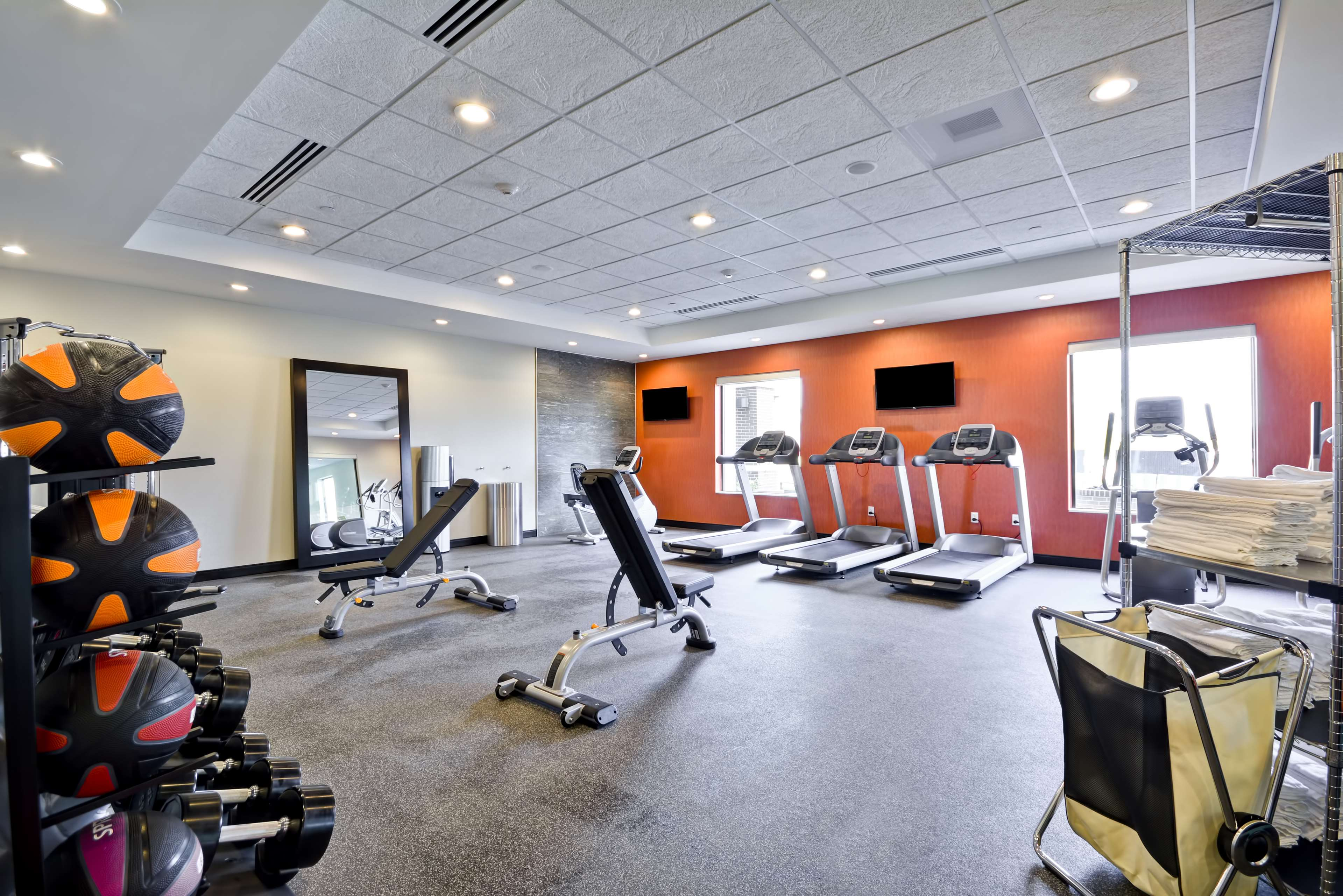 Home2 Suites By Hilton Evansville image 3