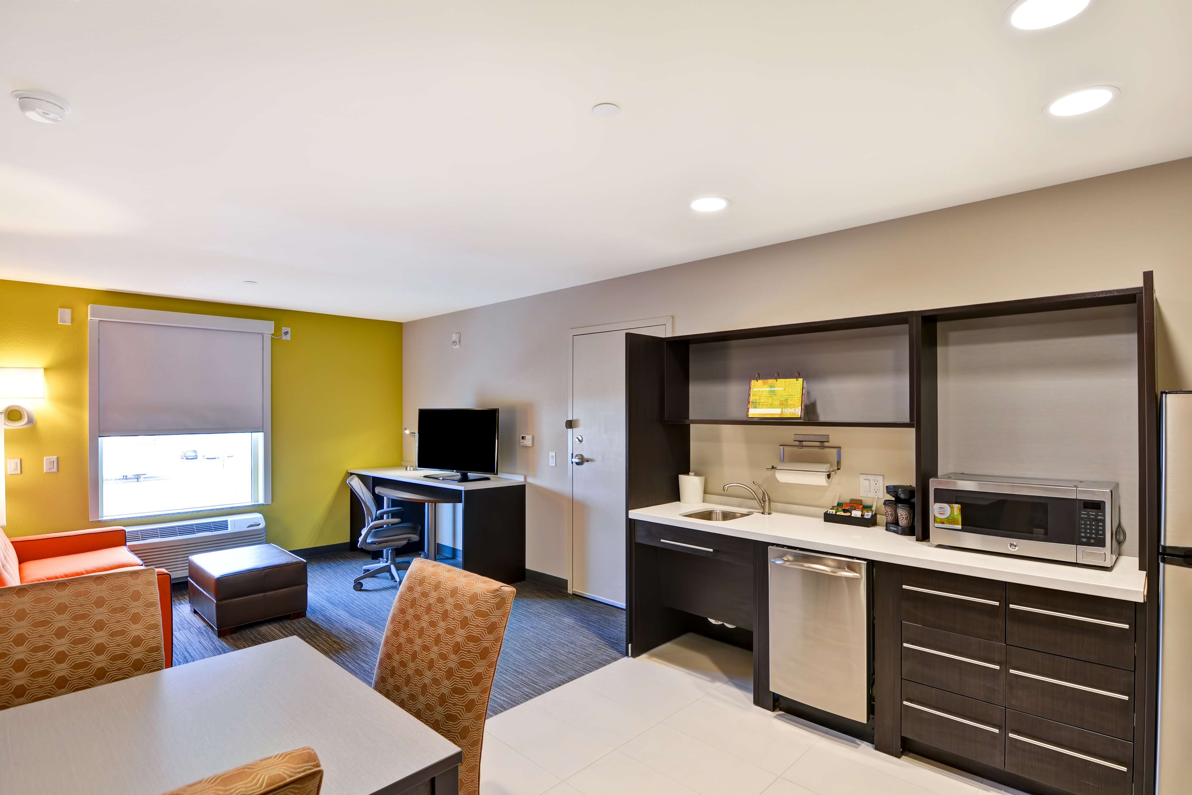 Home2 Suites by Hilton Green Bay image 24