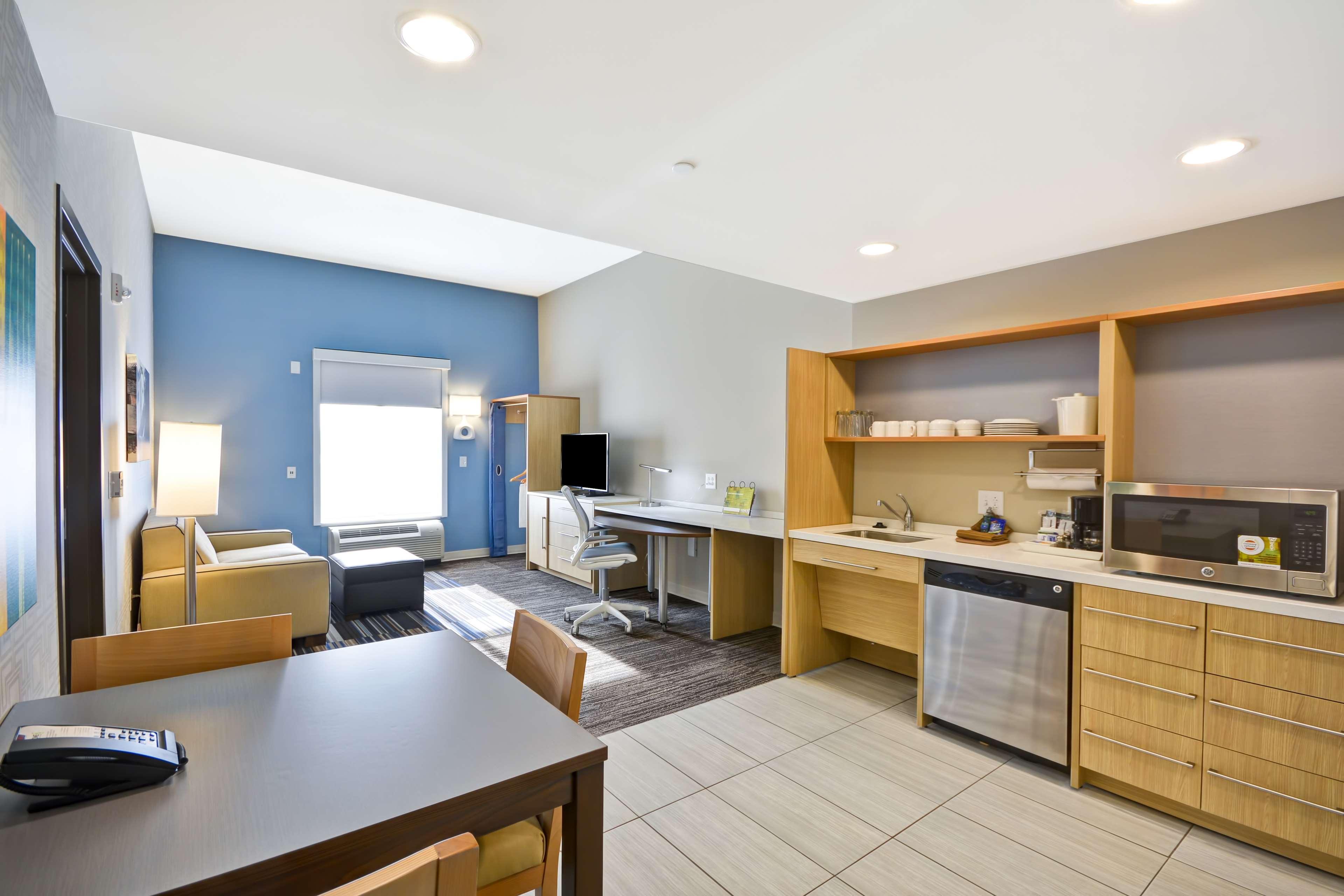 Home2 Suites by Hilton  St. Simons Island image 45