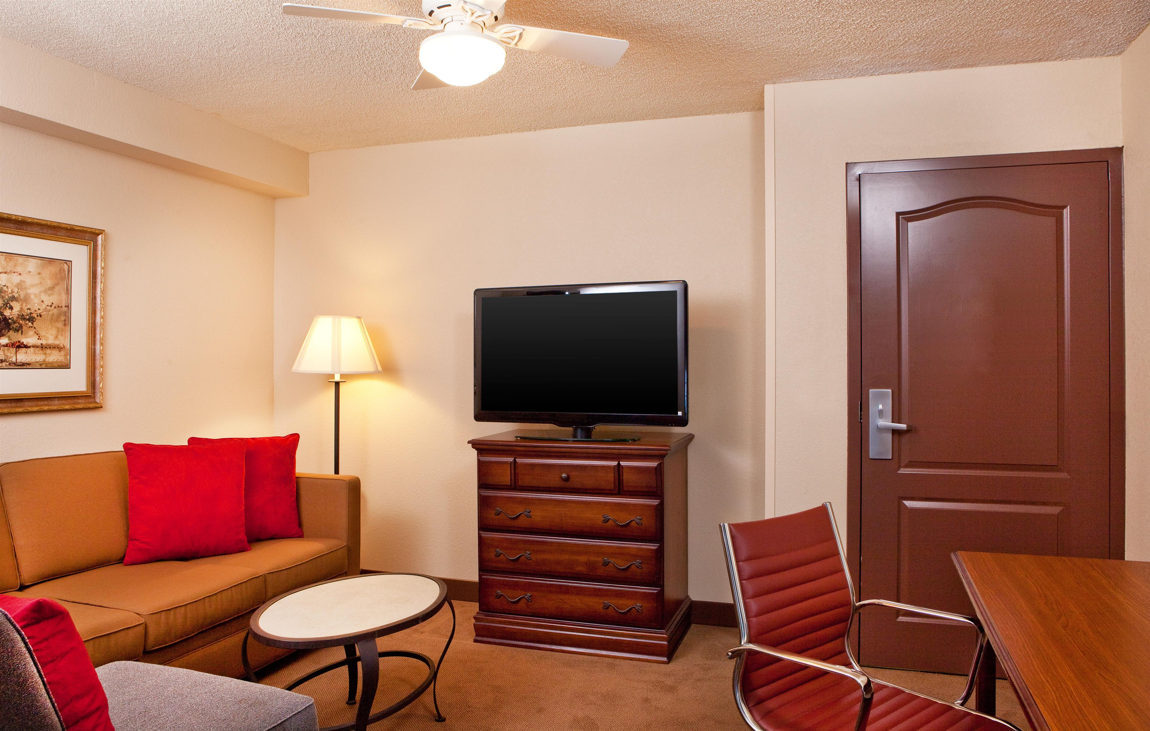 Four Points by Sheraton Knoxville Cumberland House Hotel image 6
