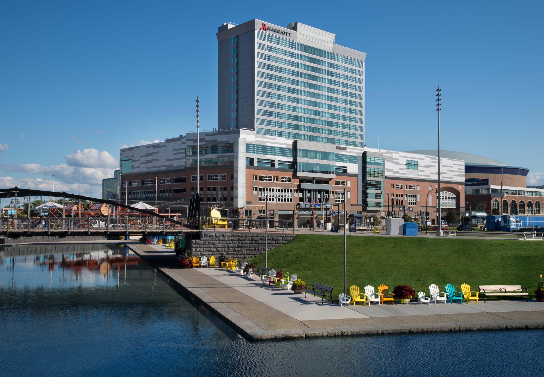 Buffalo Marriott HARBORCENTER image 0
