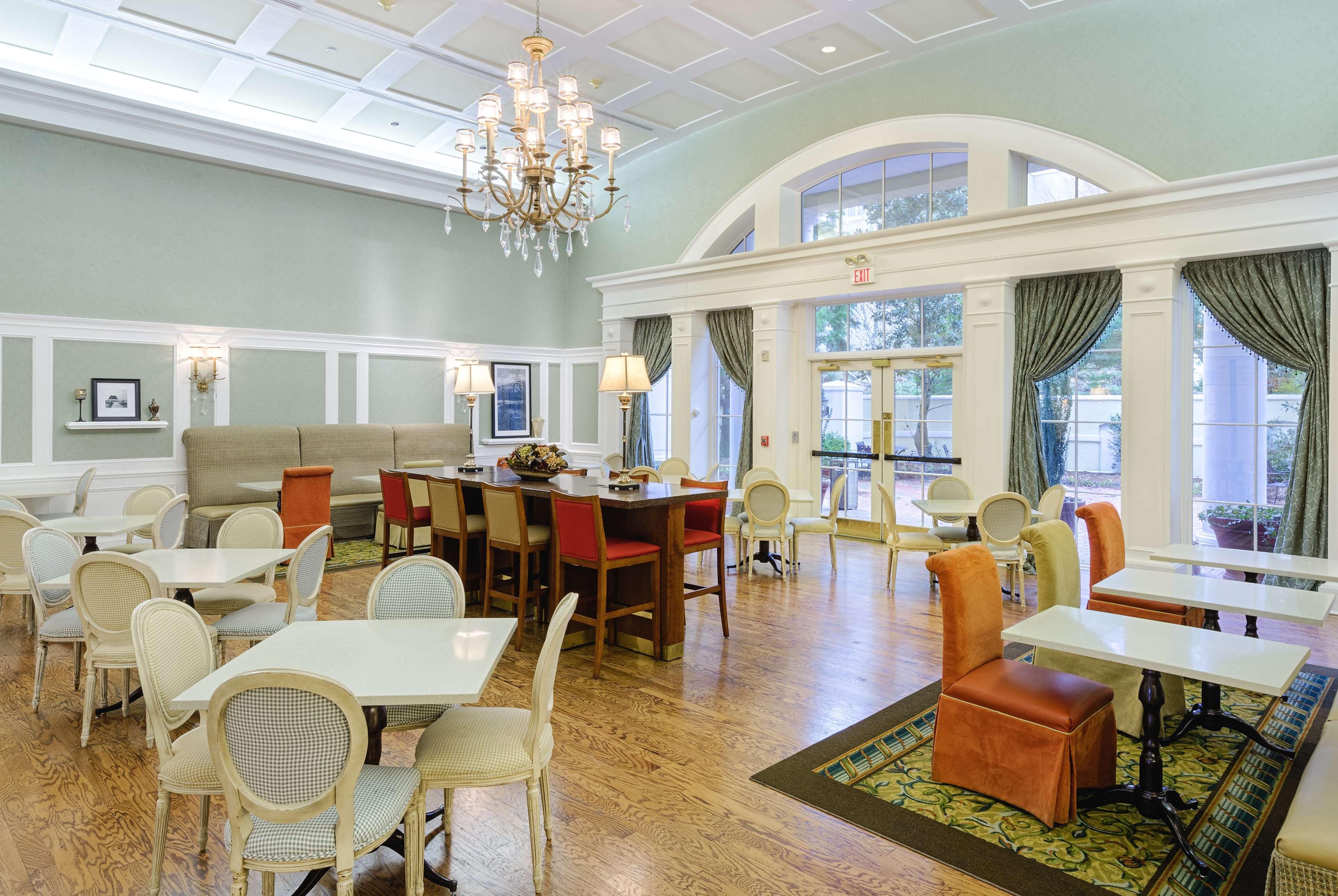 Hampton Inn & Suites Charlotte/South Park at Phillips Place image 10