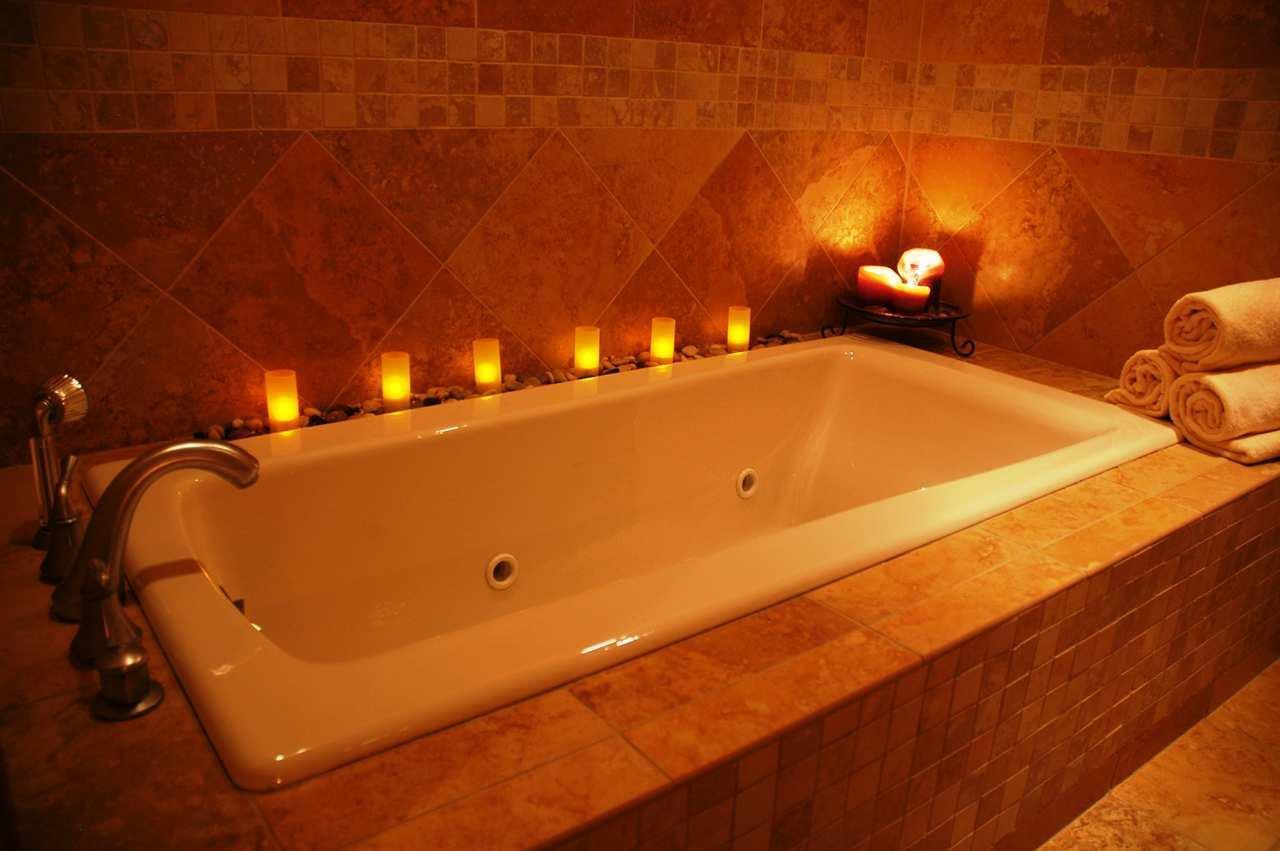 Embassy Suites by Hilton Albuquerque Hotel & Spa image 5