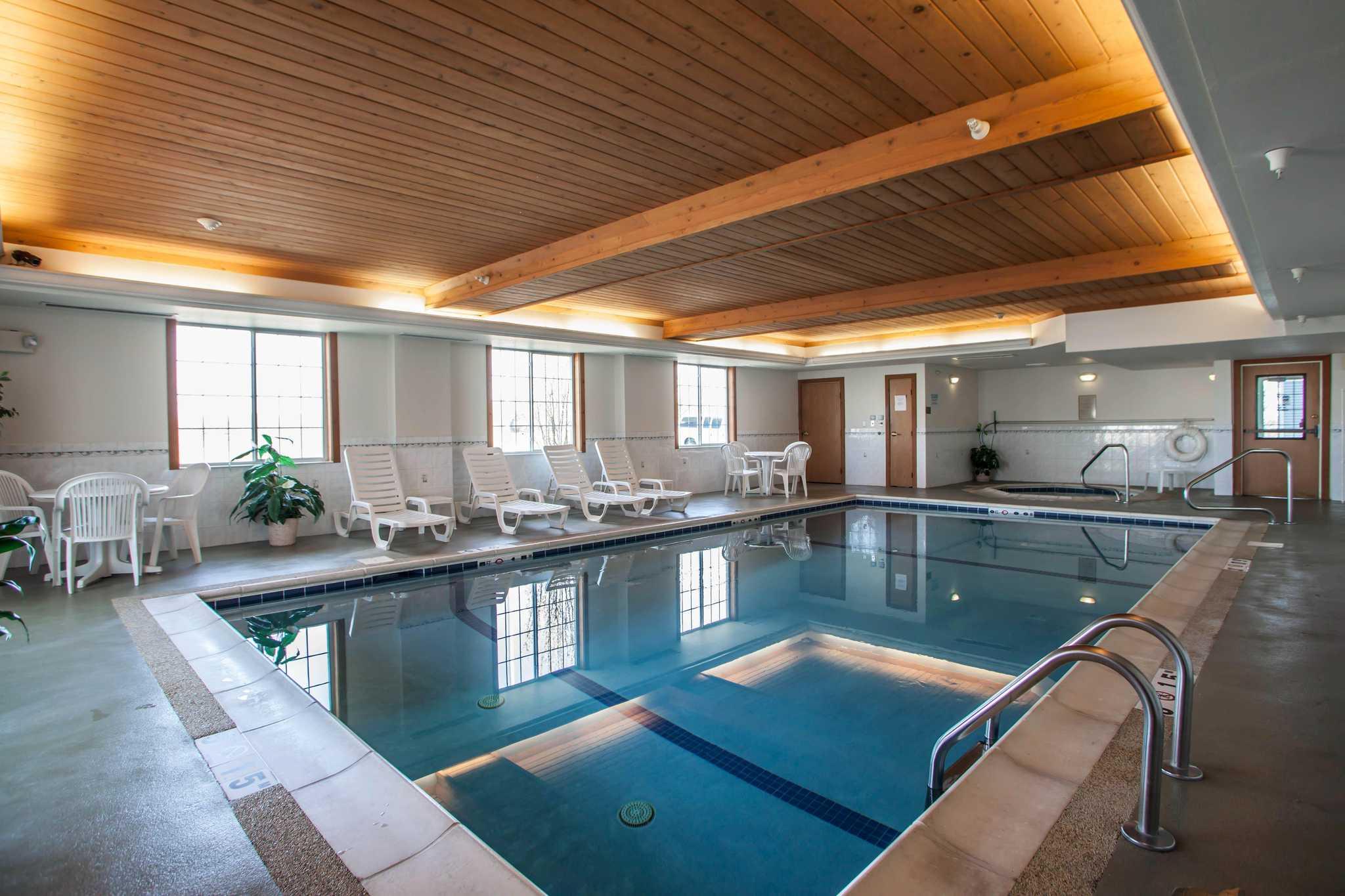 Comfort Inn & Suites in Geneva, IL, photo #9