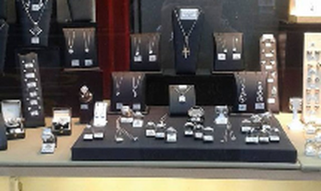 A & B Christie Jewellers