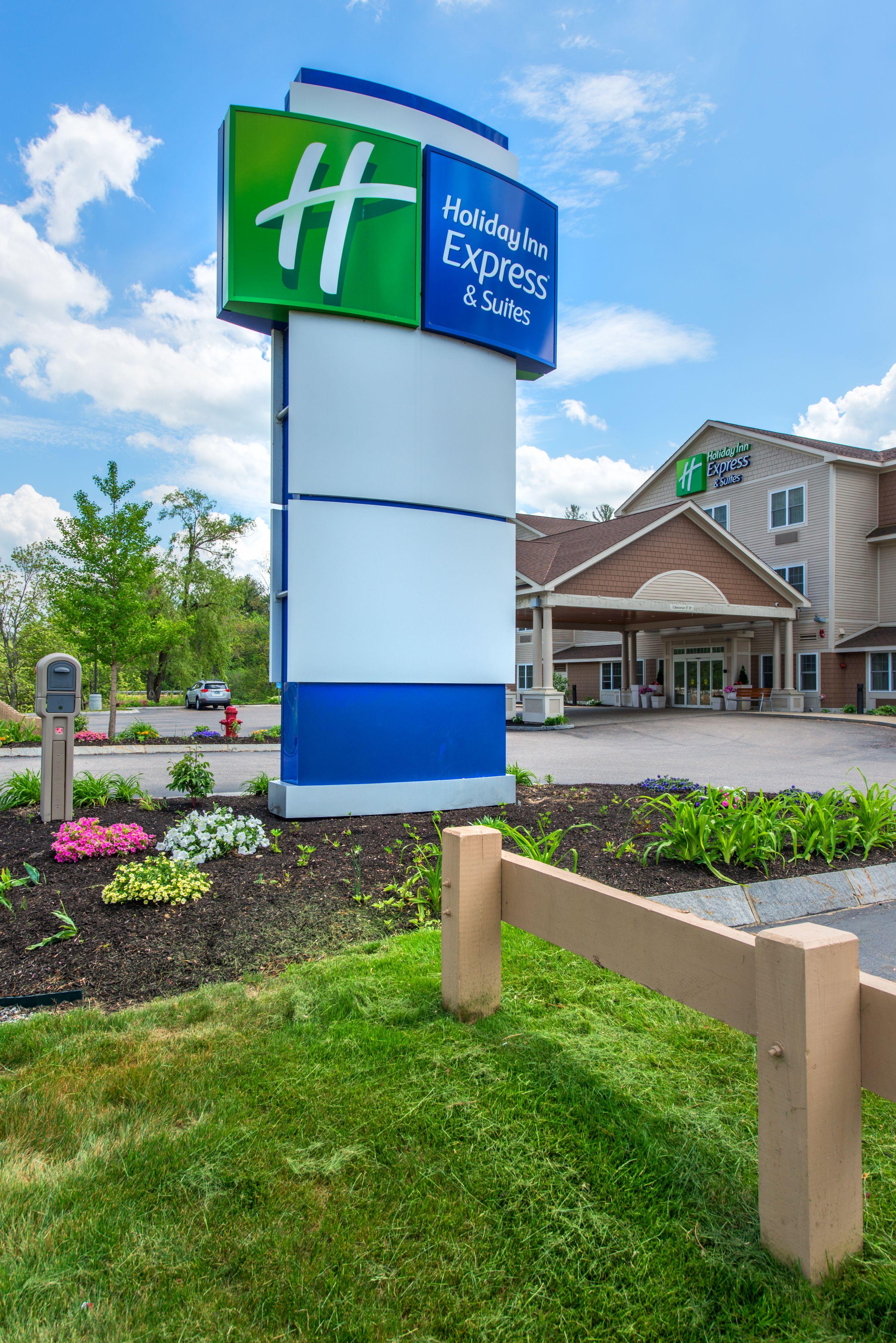 Holiday Inn Express Tifton image 3