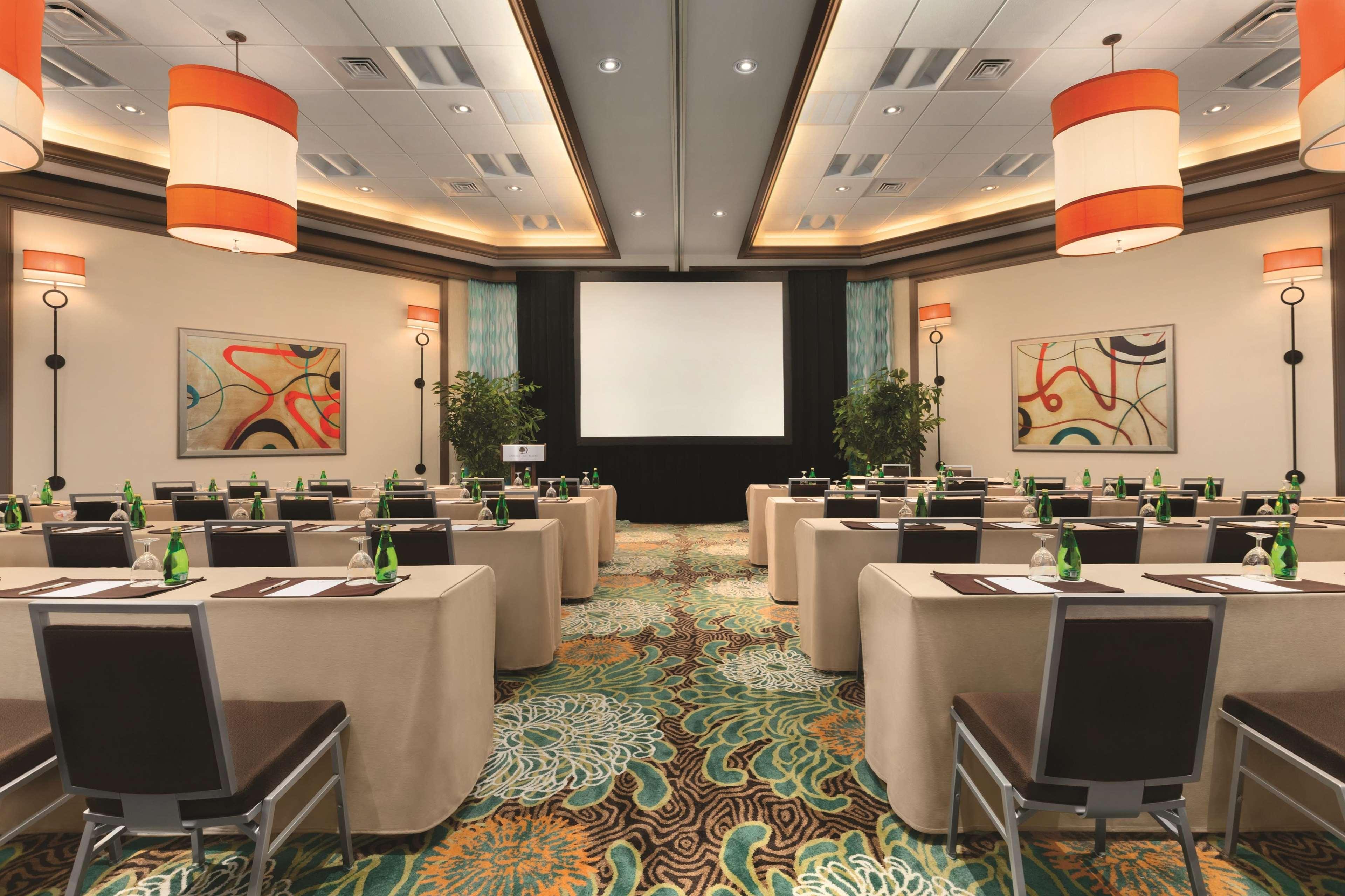 DoubleTree Suites by Hilton Orlando - Disney Springs Area image 16