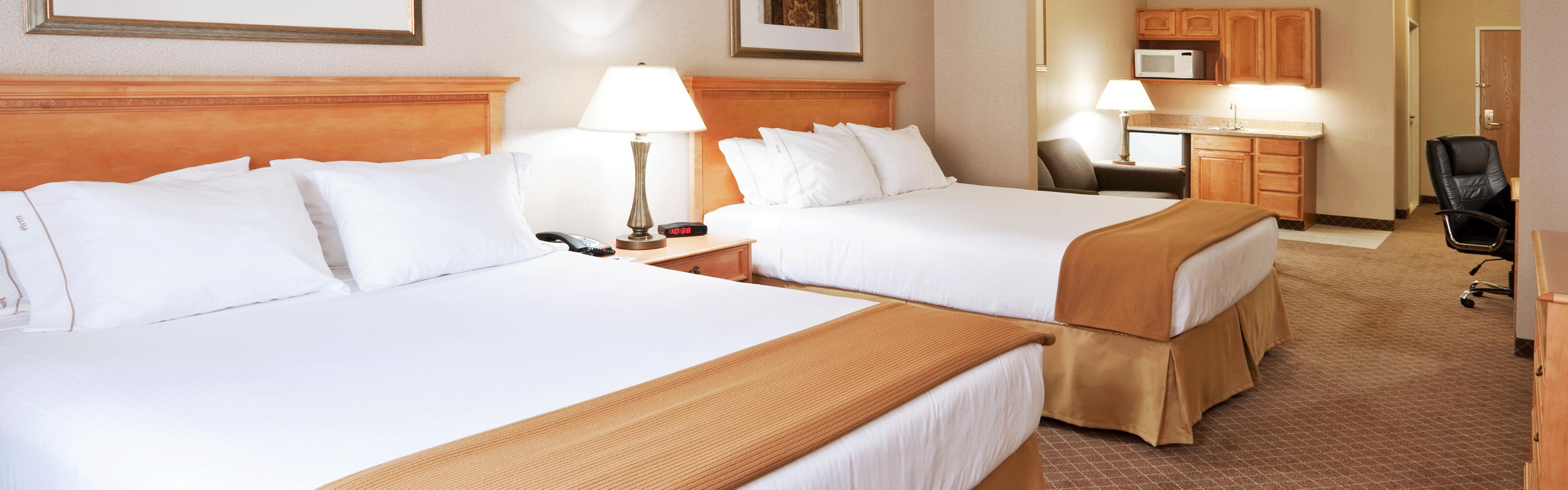 Holiday Inn Express & Suites Chesterfield - Selfridge Area image 1