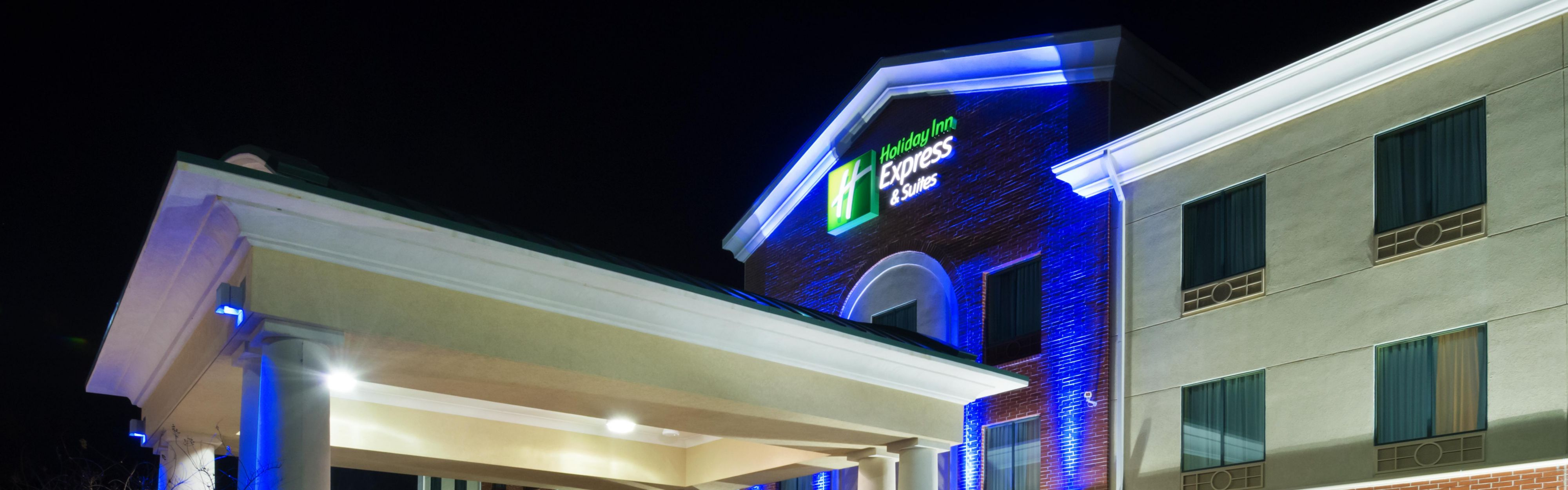 Holiday Inn Express & Suites Little Rock-West image 0