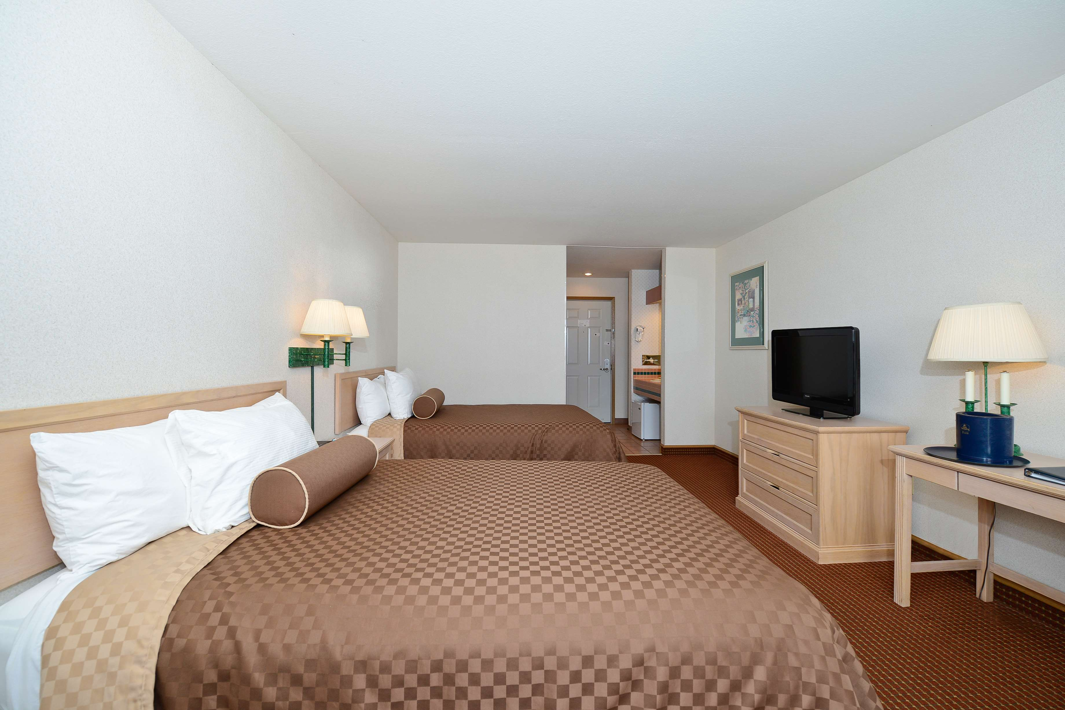 Best Western Harbour Pointe Lakefront image 45