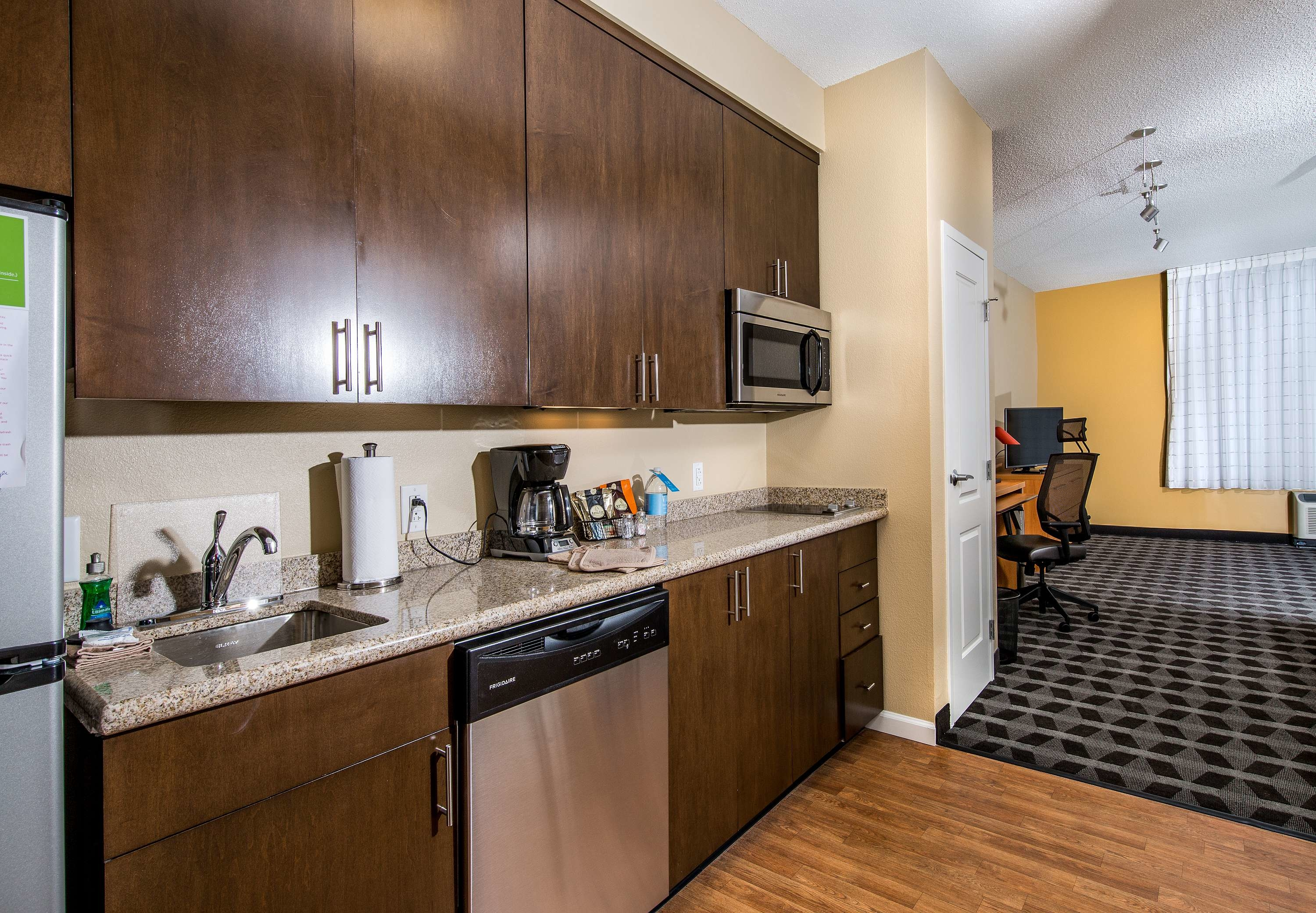 TownePlace Suites by Marriott Florence image 7