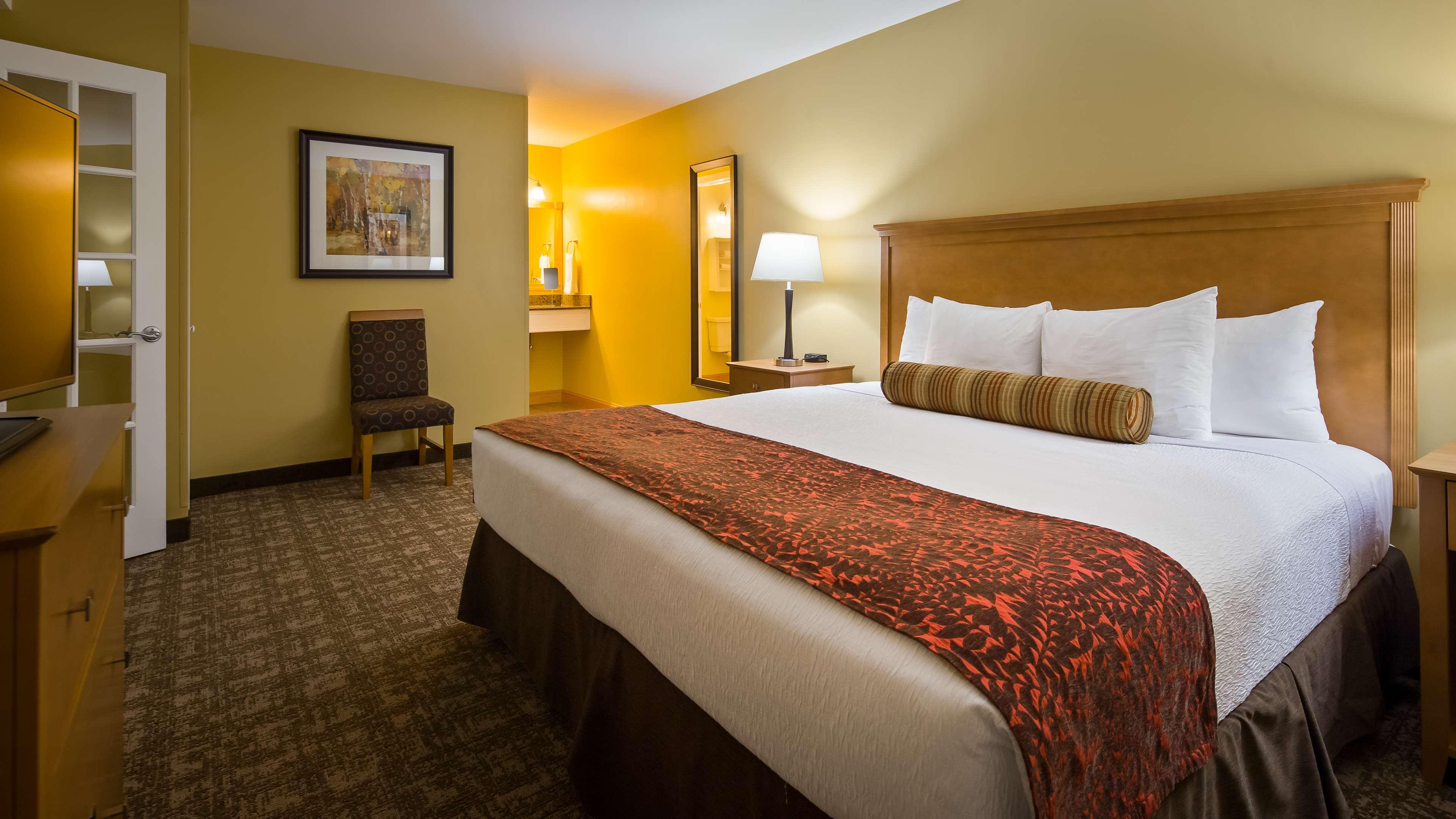 Best Western Plus Windjammer Inn & Conference Center image 22