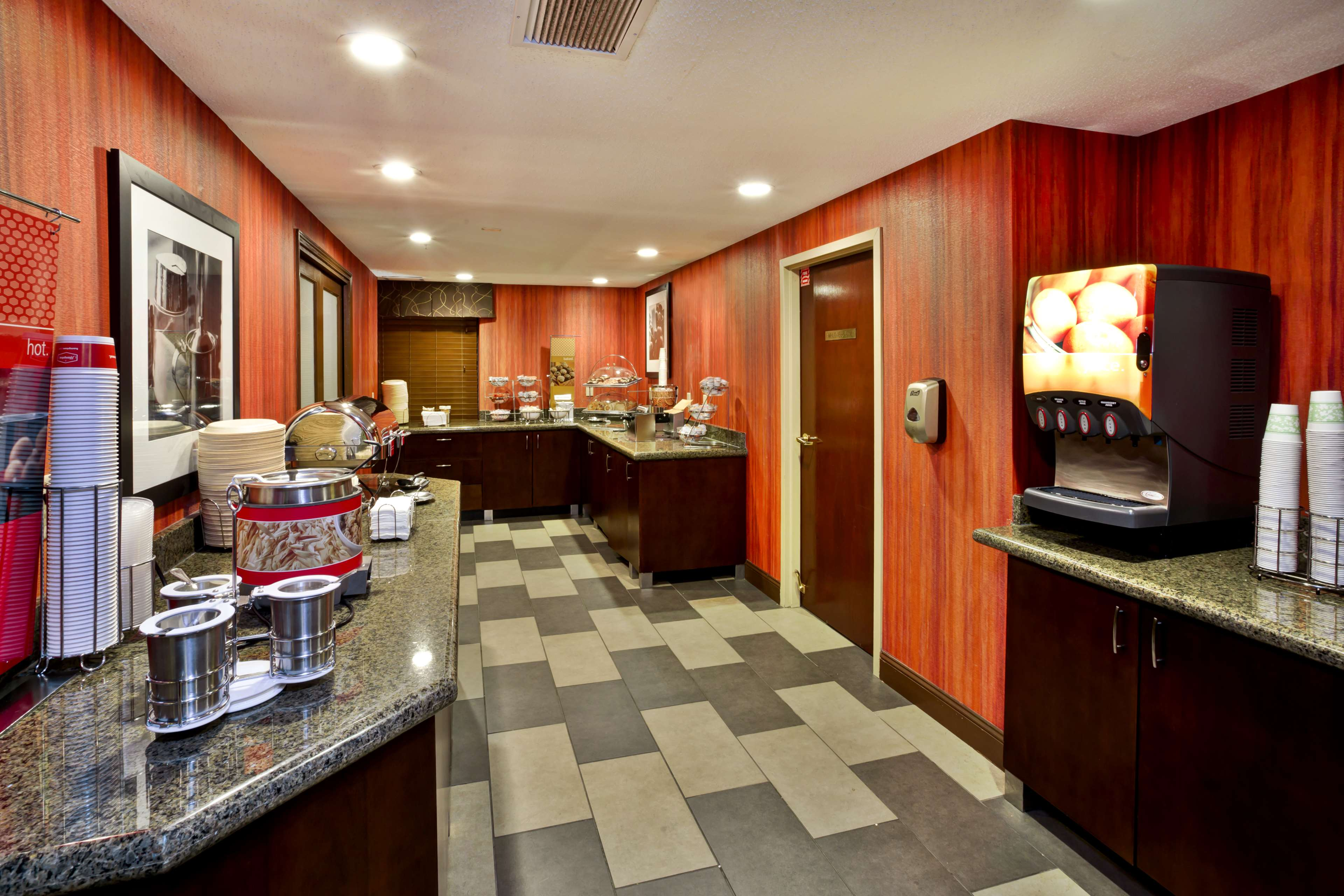 Hampton Inn Cincinnati Airport-North image 15