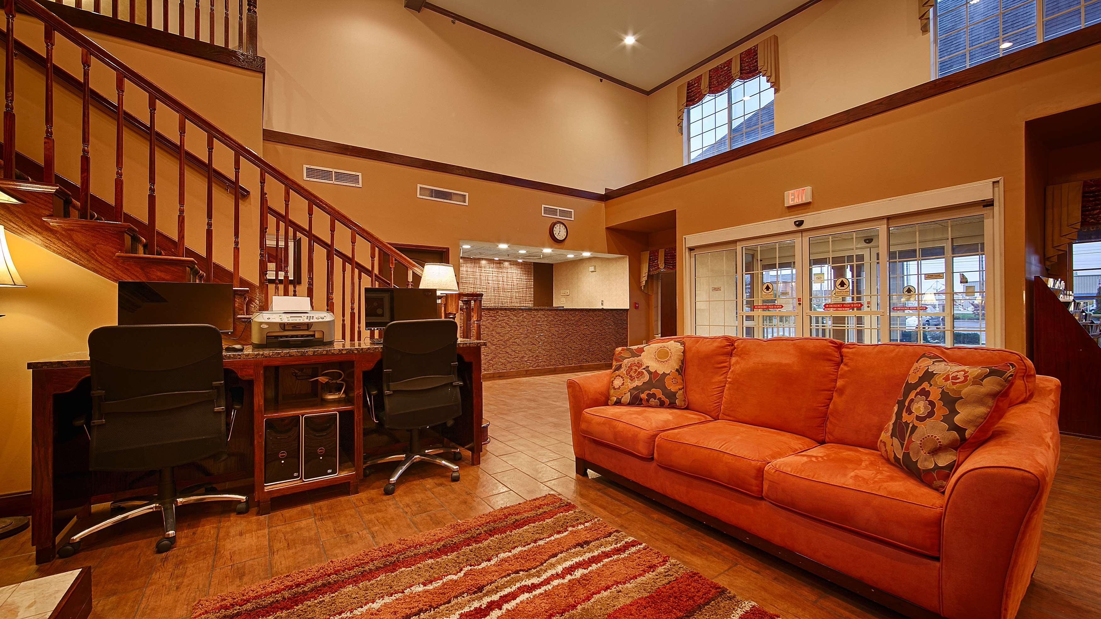 Best Western Plus Fort Wayne Inn & Suites North image 11