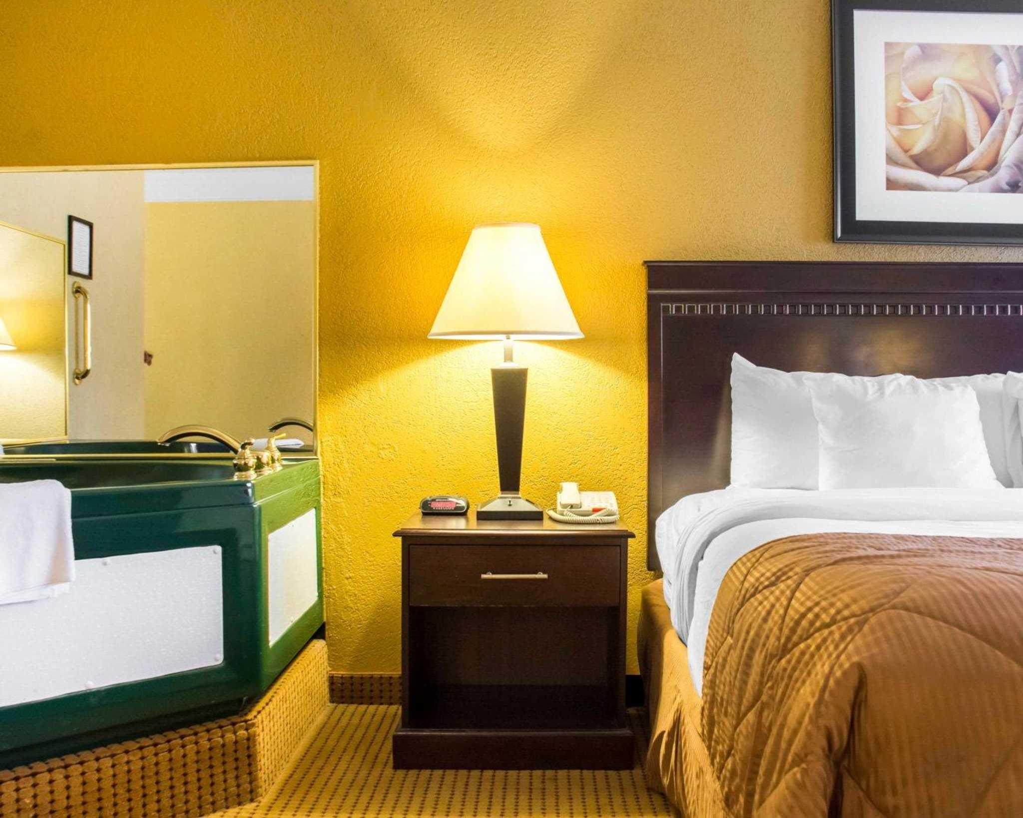 Quality Inn & Suites Fairgrounds image 22