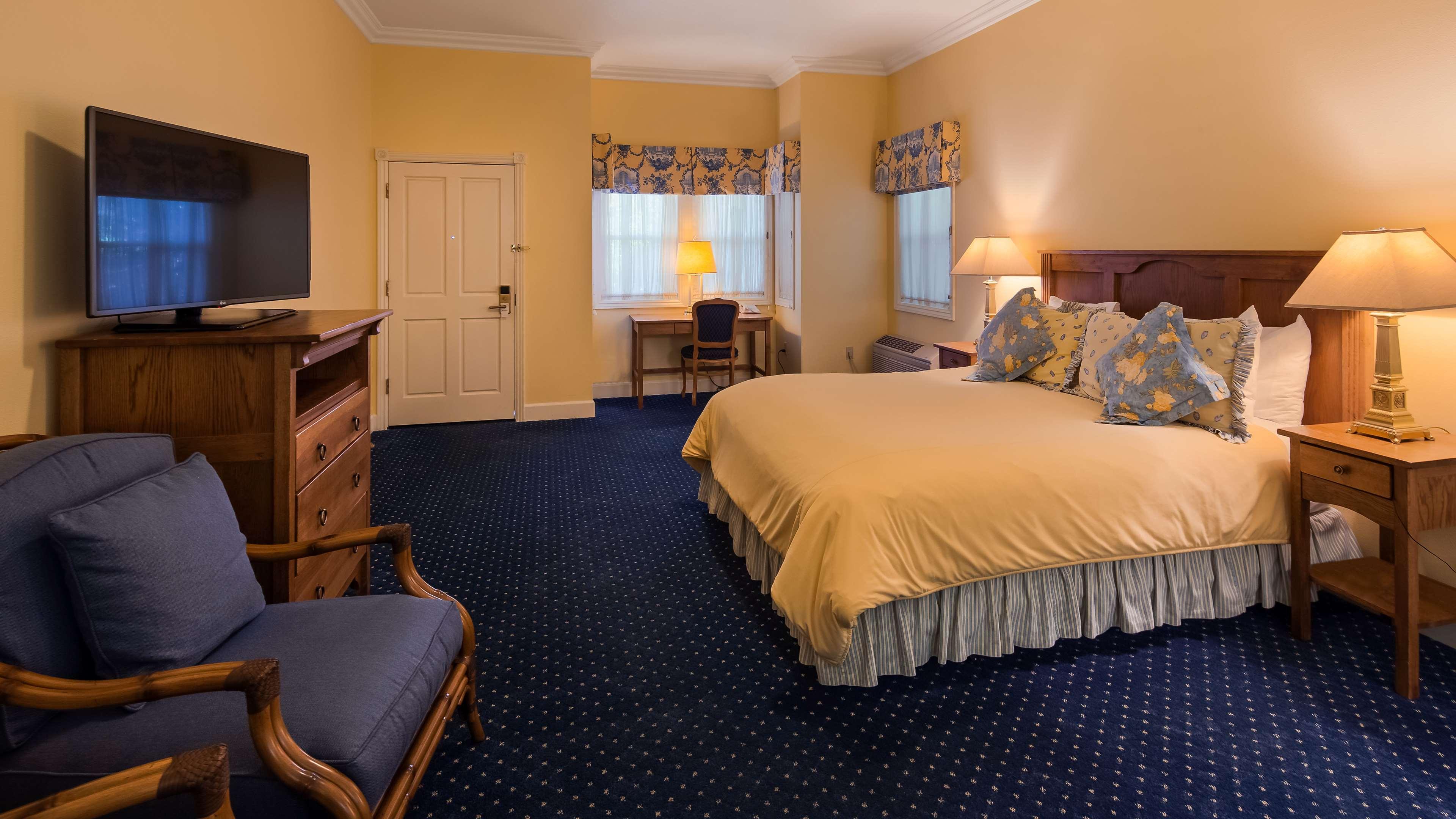 Best Western Plus Elm House Inn image 25