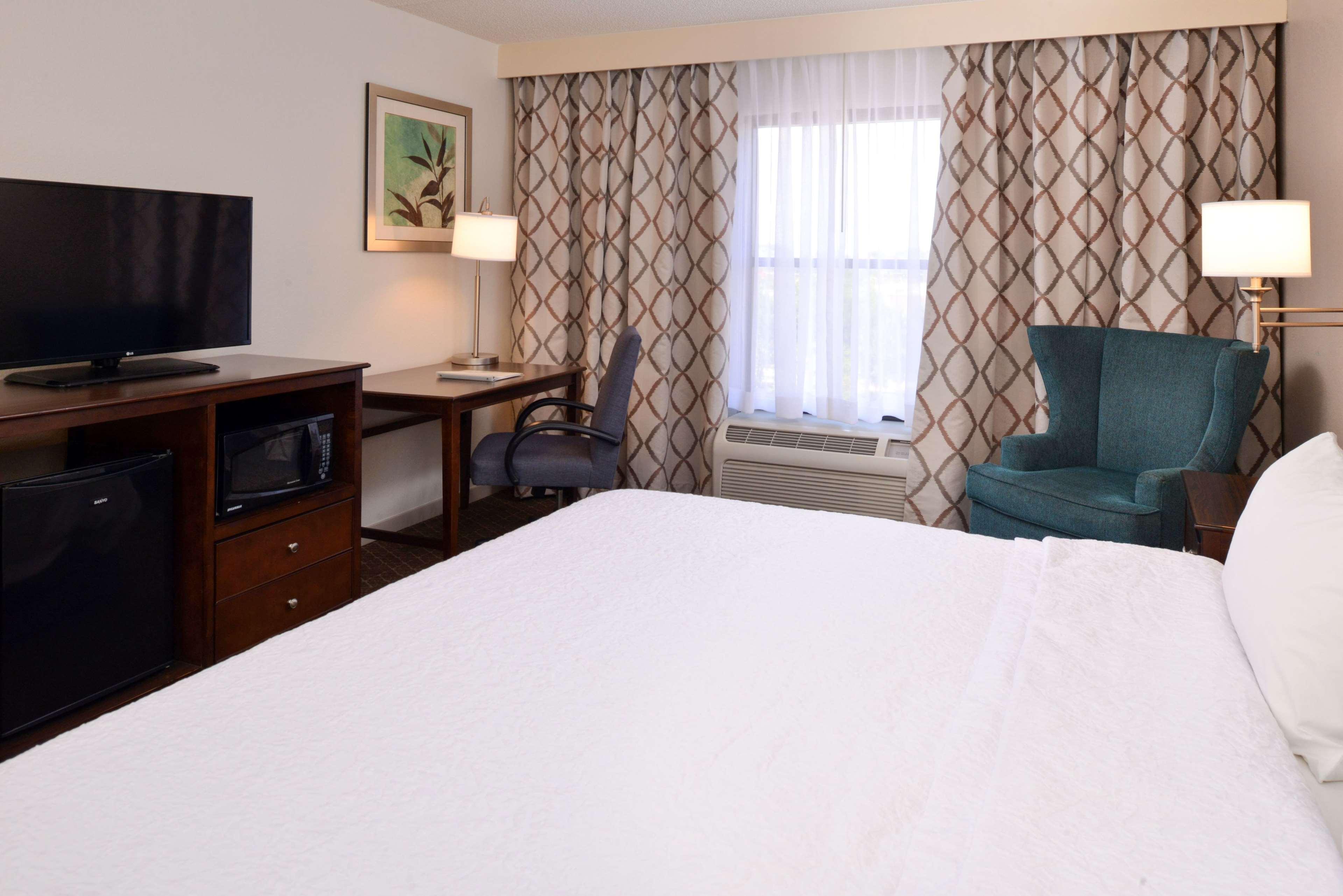 Hampton Inn & Suites Pueblo-Southgate image 34