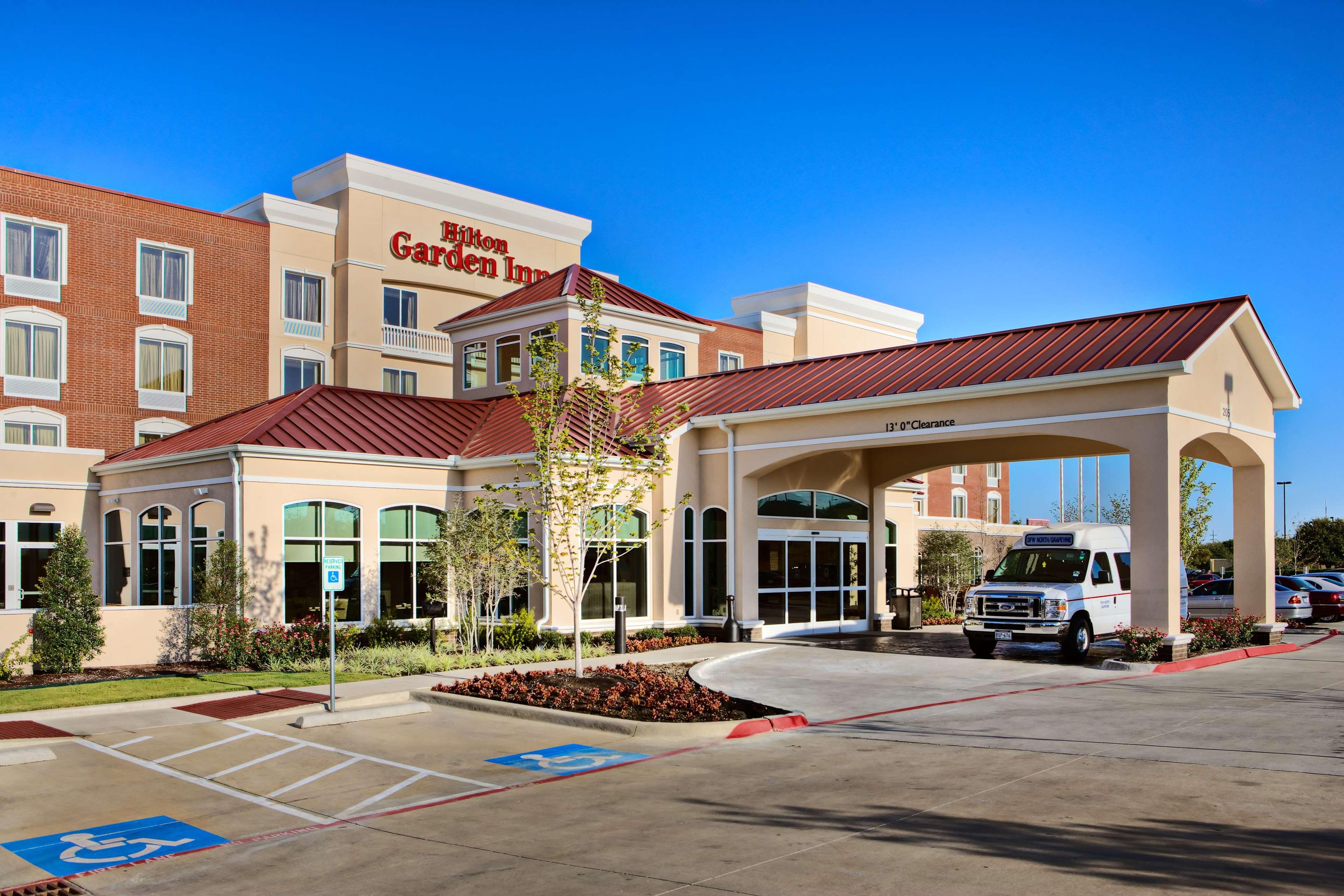 Hilton Garden Inn DFW North Grapevine image 0
