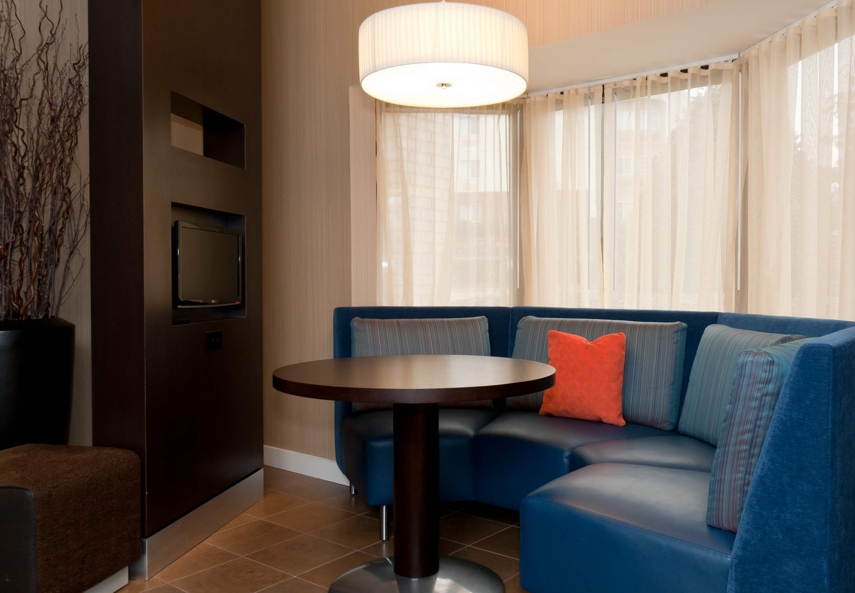 Courtyard by Marriott Charlotte Lake Norman image 17