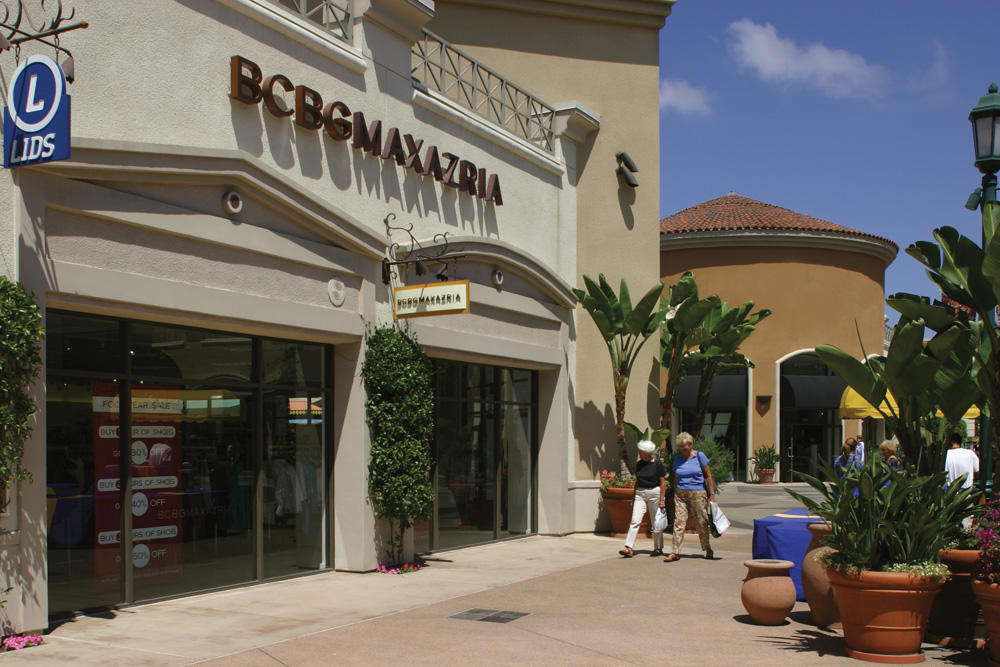Carlsbad Premium Outlets image 6