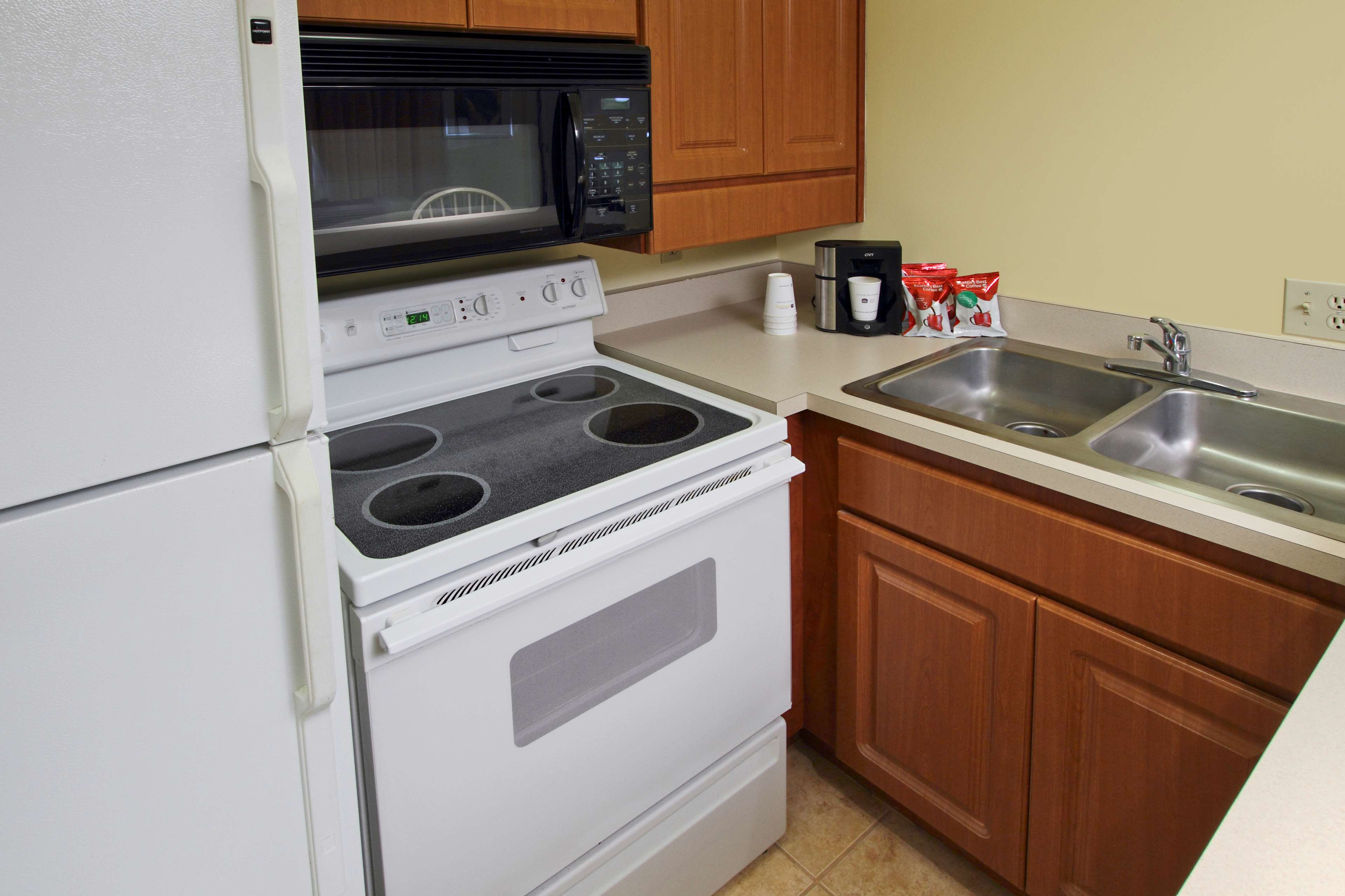 Best Western Cocoa Beach Hotel & Suites image 43