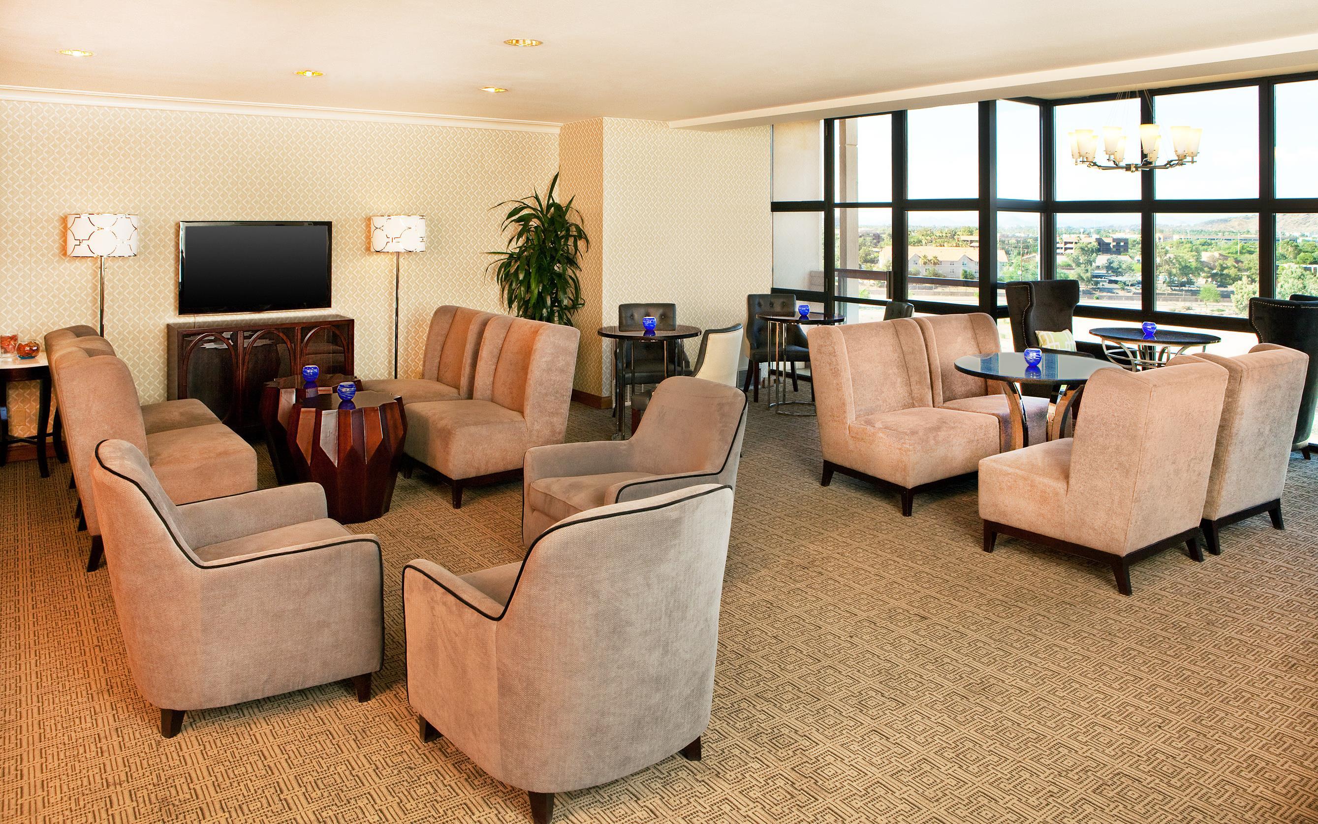 Sheraton Crescent Hotel image 27