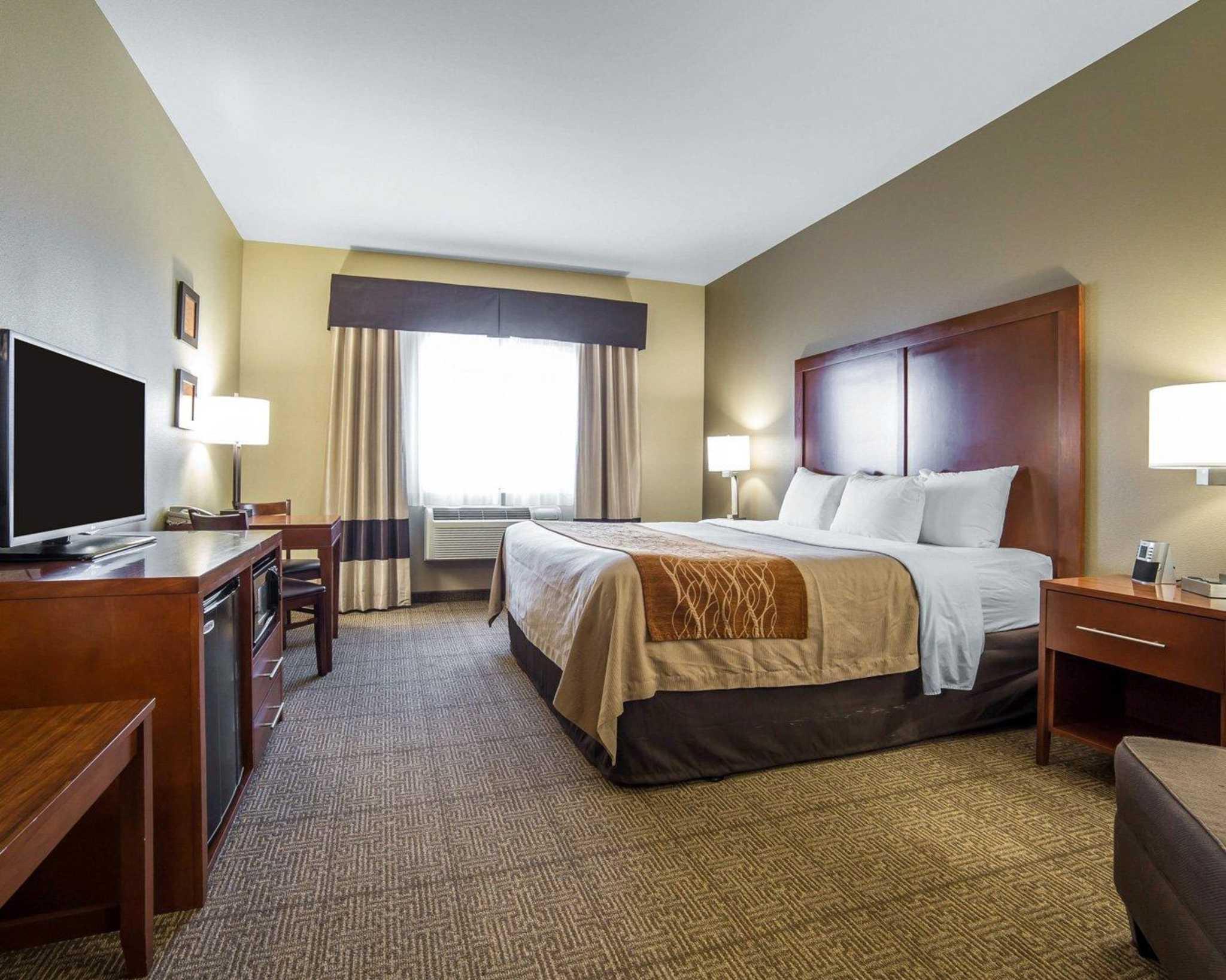 Comfort Inn Evansville-Casper image 9