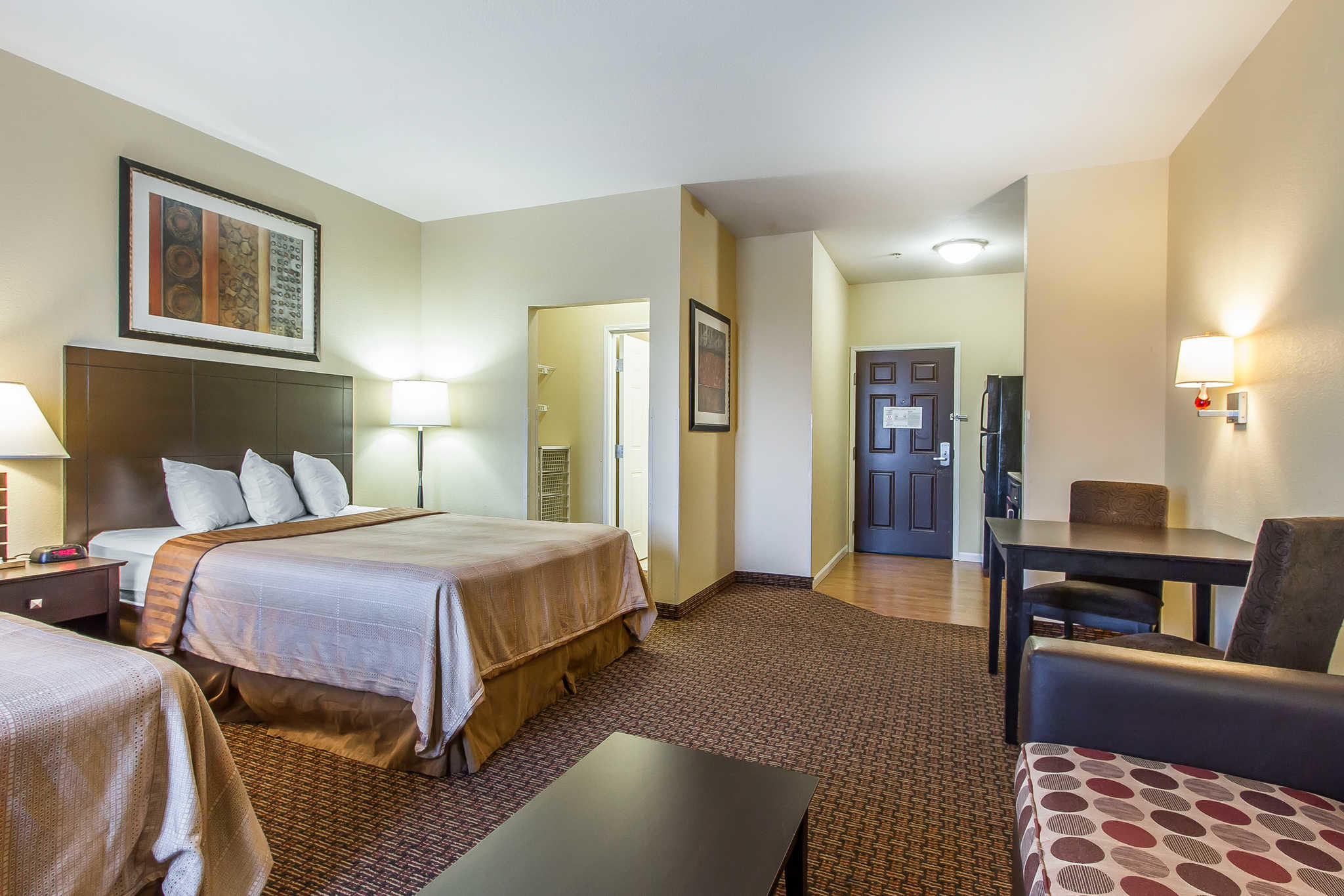 MainStay Suites Fort Campbell image 20