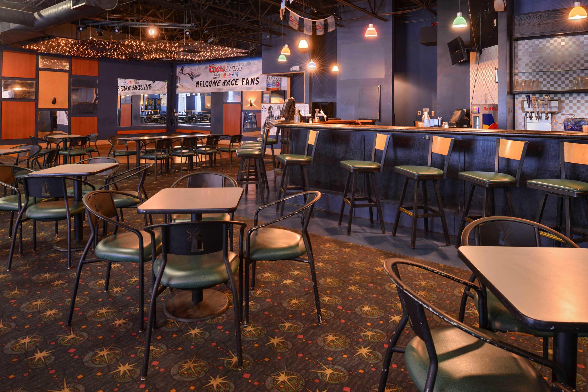 Quality Inn Dutch Inn image 36