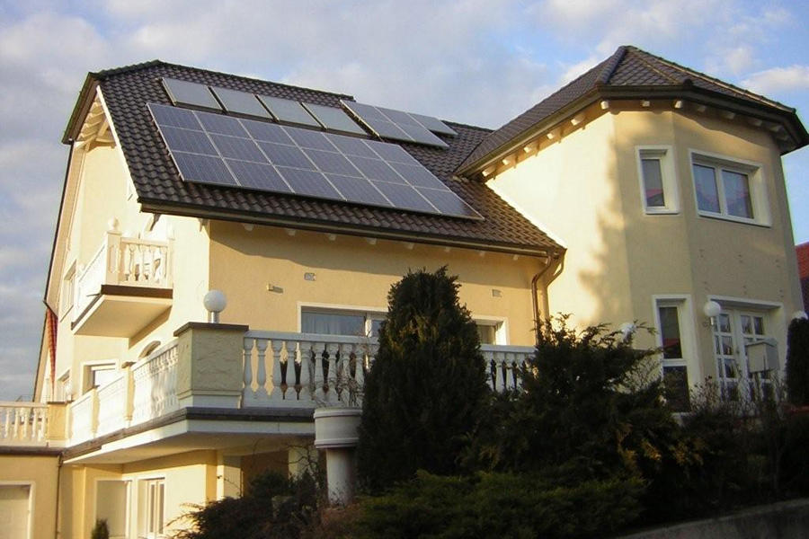 loma solar gmbh solarenergie und neue energien ausr stung untersuchungen ursensollen. Black Bedroom Furniture Sets. Home Design Ideas