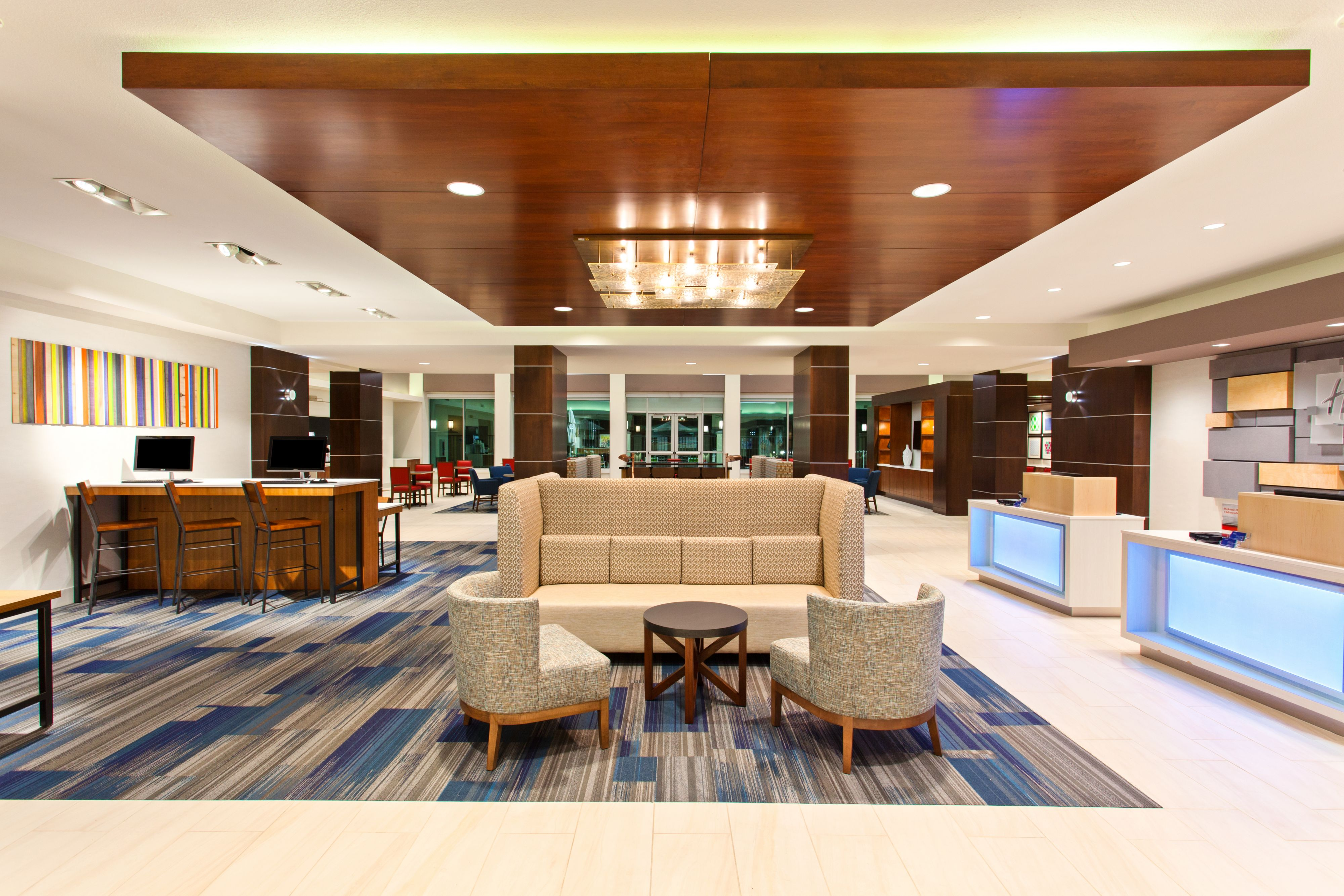 Holiday inn express houston s medical ctr area at 9300 s for Holiday inn near texas motor speedway