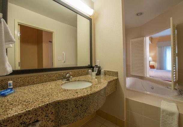 Fairfield Inn & Suites by Marriott Hinesville Fort Stewart image 4