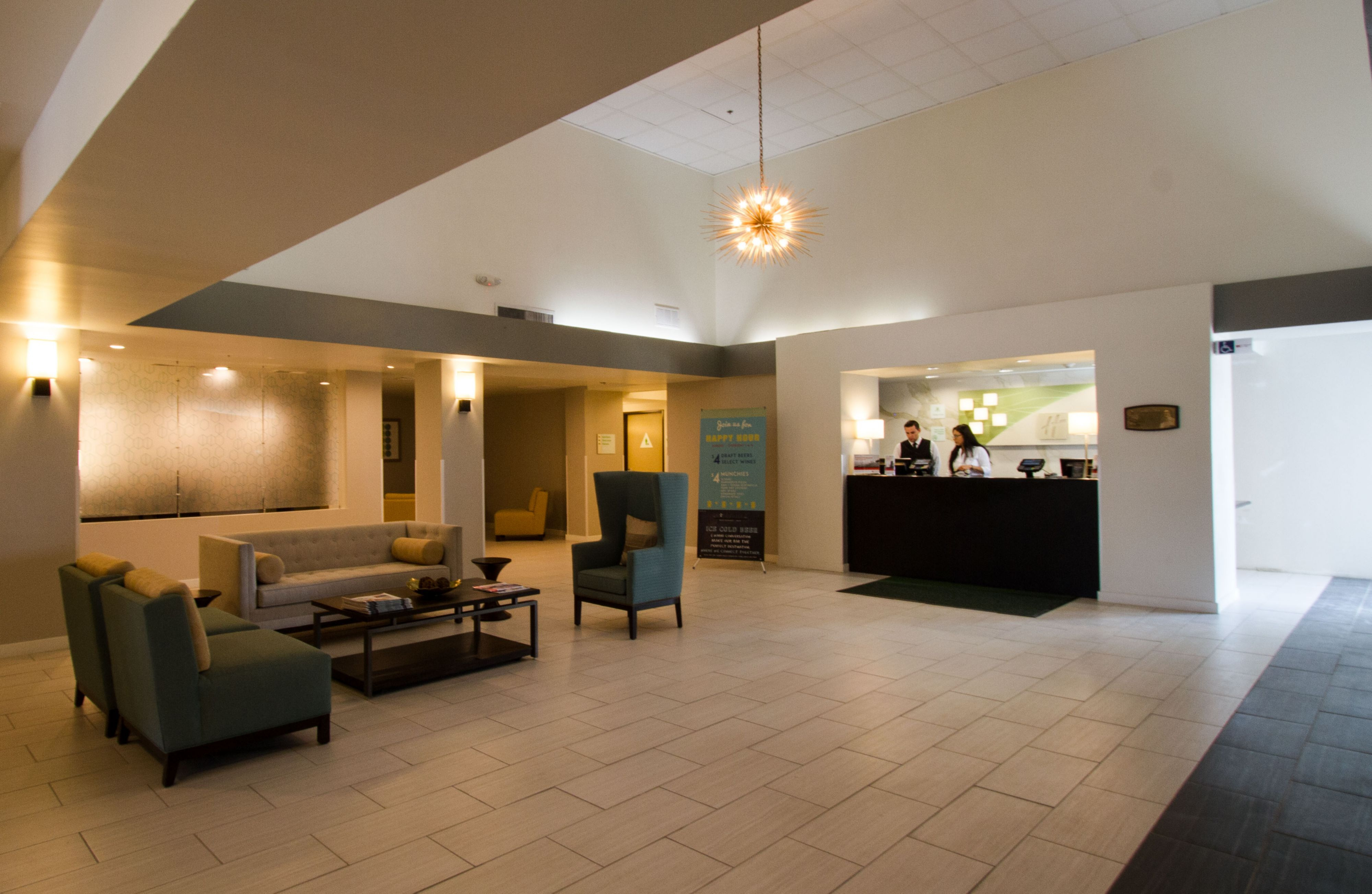 Holiday Inn Victorville image 4