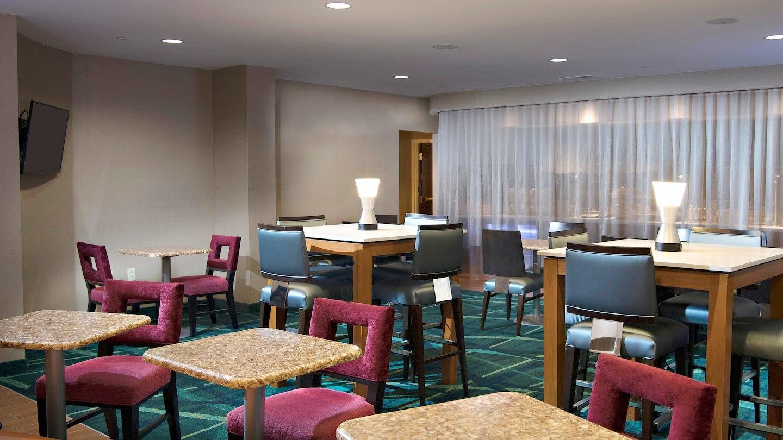SpringHill Suites by Marriott Atlanta Alpharetta image 12