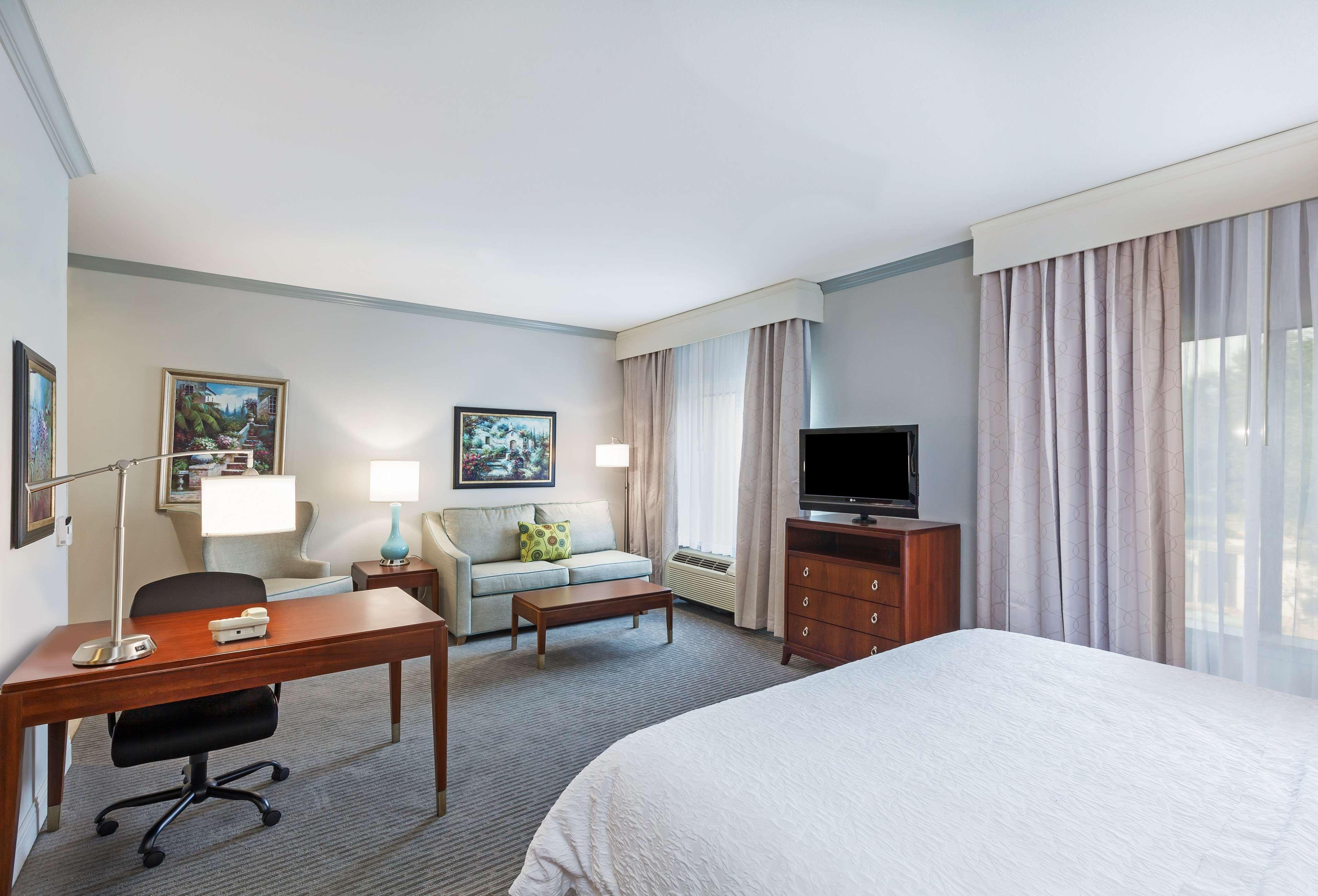 Hampton Inn & Suites Houston-Westchase image 29