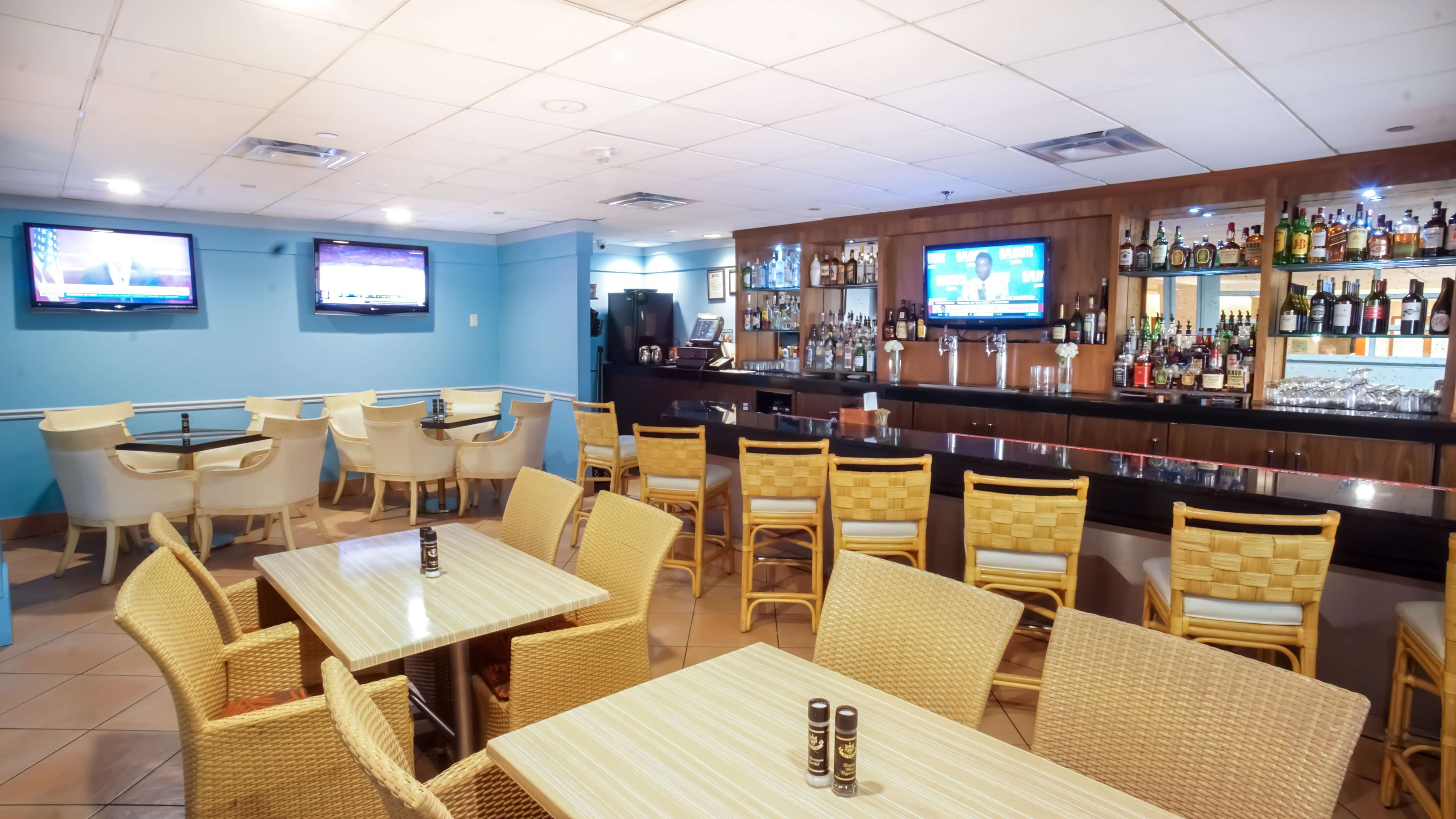 Embassy Suites by Hilton Tampa Airport Westshore image 32