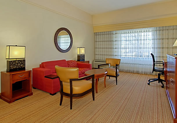 Courtyard by Marriott Springfield image 5