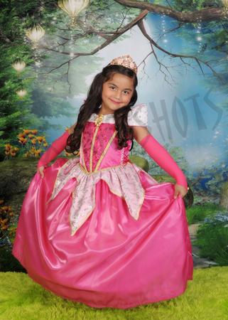 Image Shots Portrait Studio image 10
