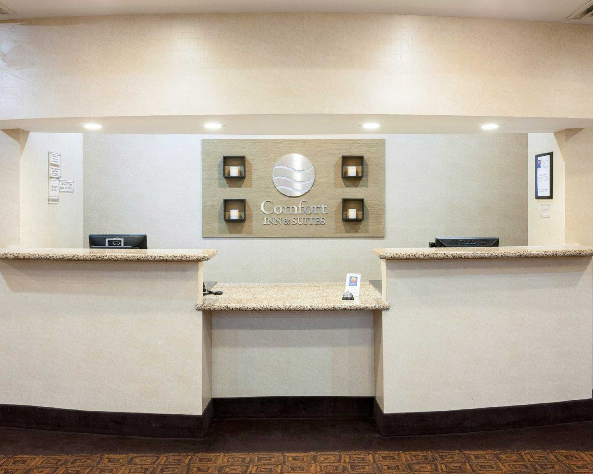 Comfort Inn & Suites Regional Medical Center image 15