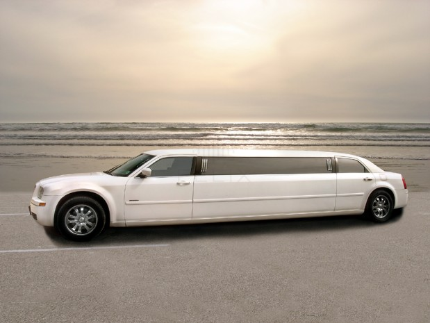 Lincoln on Demand Limousine and Sedan Service image 2