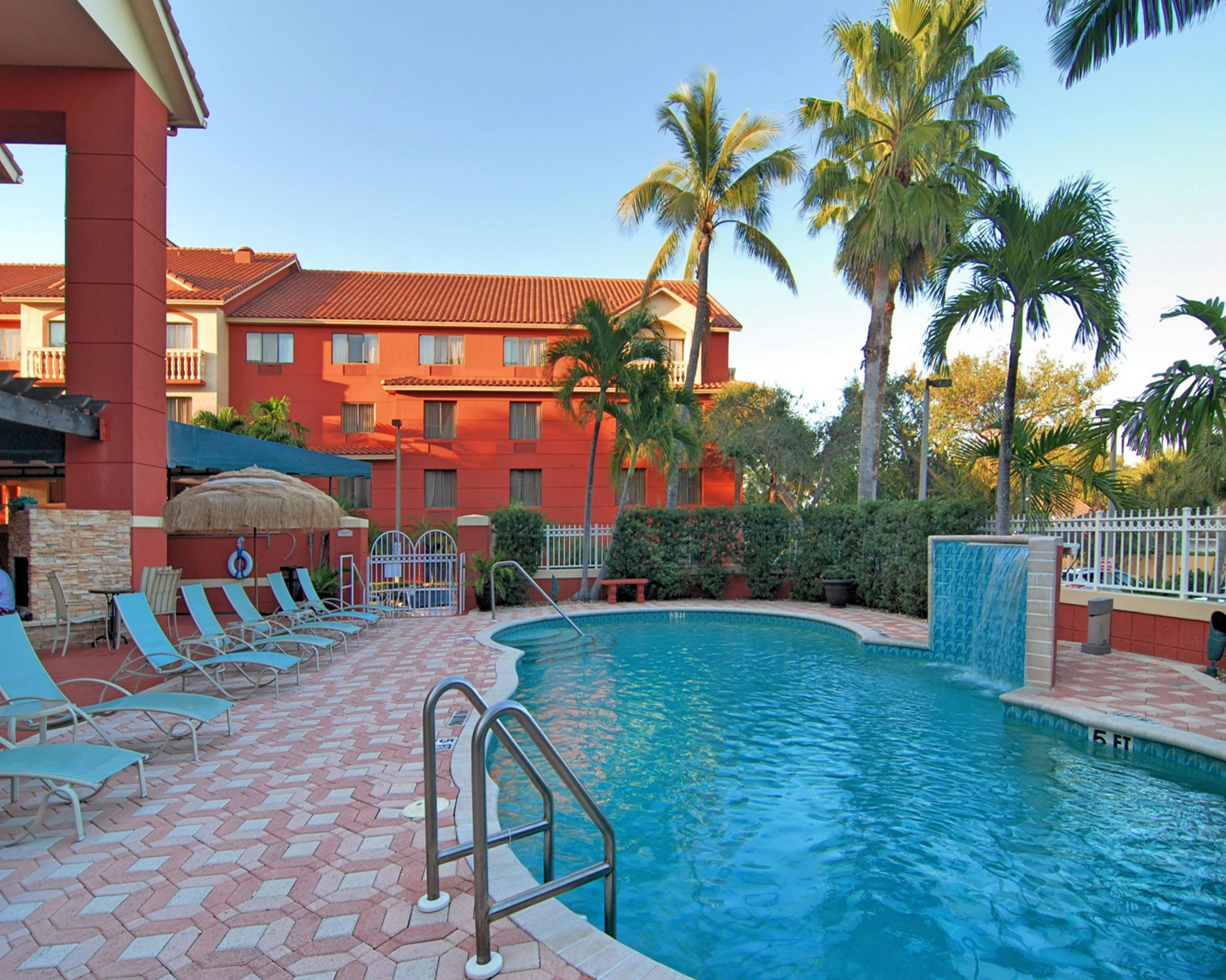 Best Western Plus Palm Beach Gardens Hotel & Suites and Conference Ct image 27