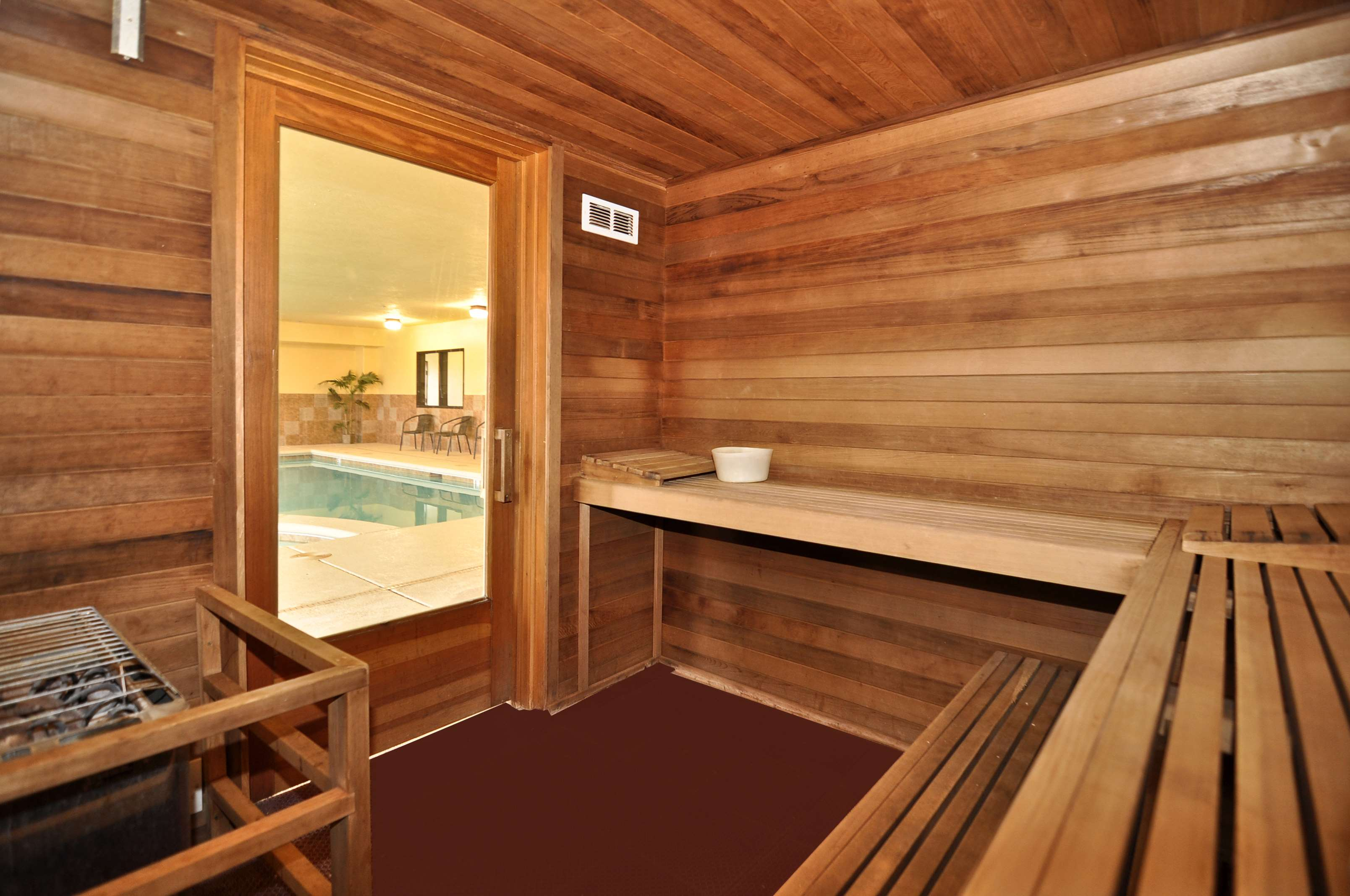 Best Western Plus Eagleridge Inn & Suites image 7