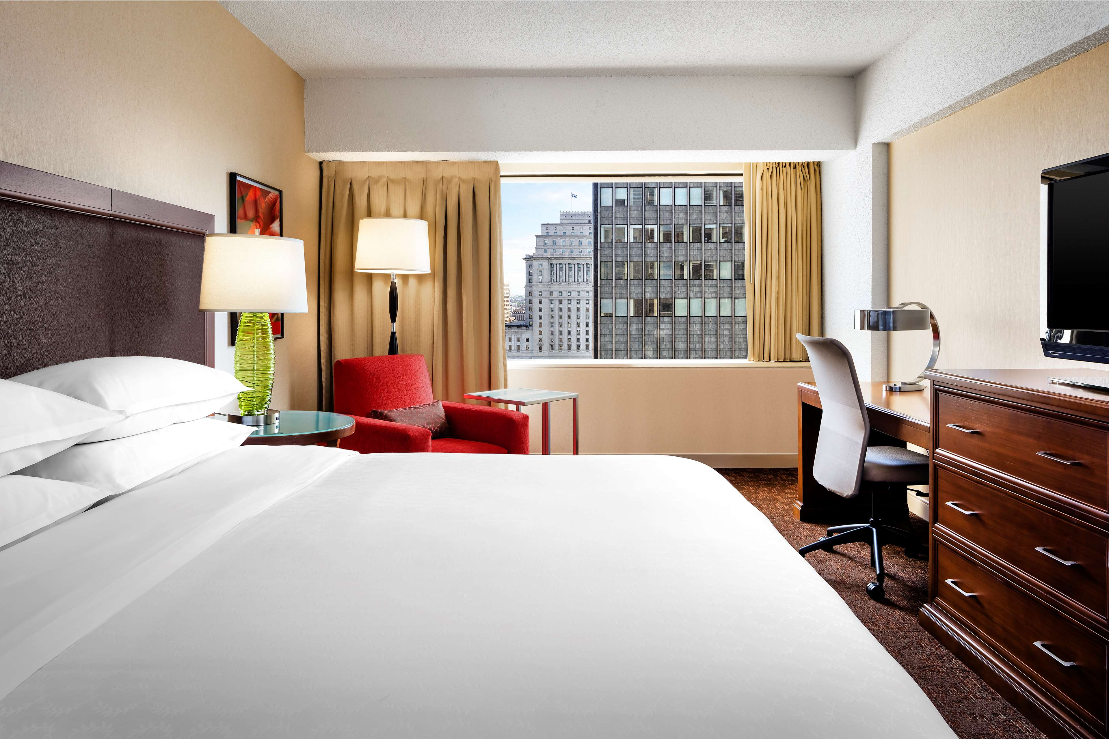 Le Centre Sheraton Montreal Hotel à Montreal: Chambre traditionnelle, lit king Traditional Guestroom, King Bed