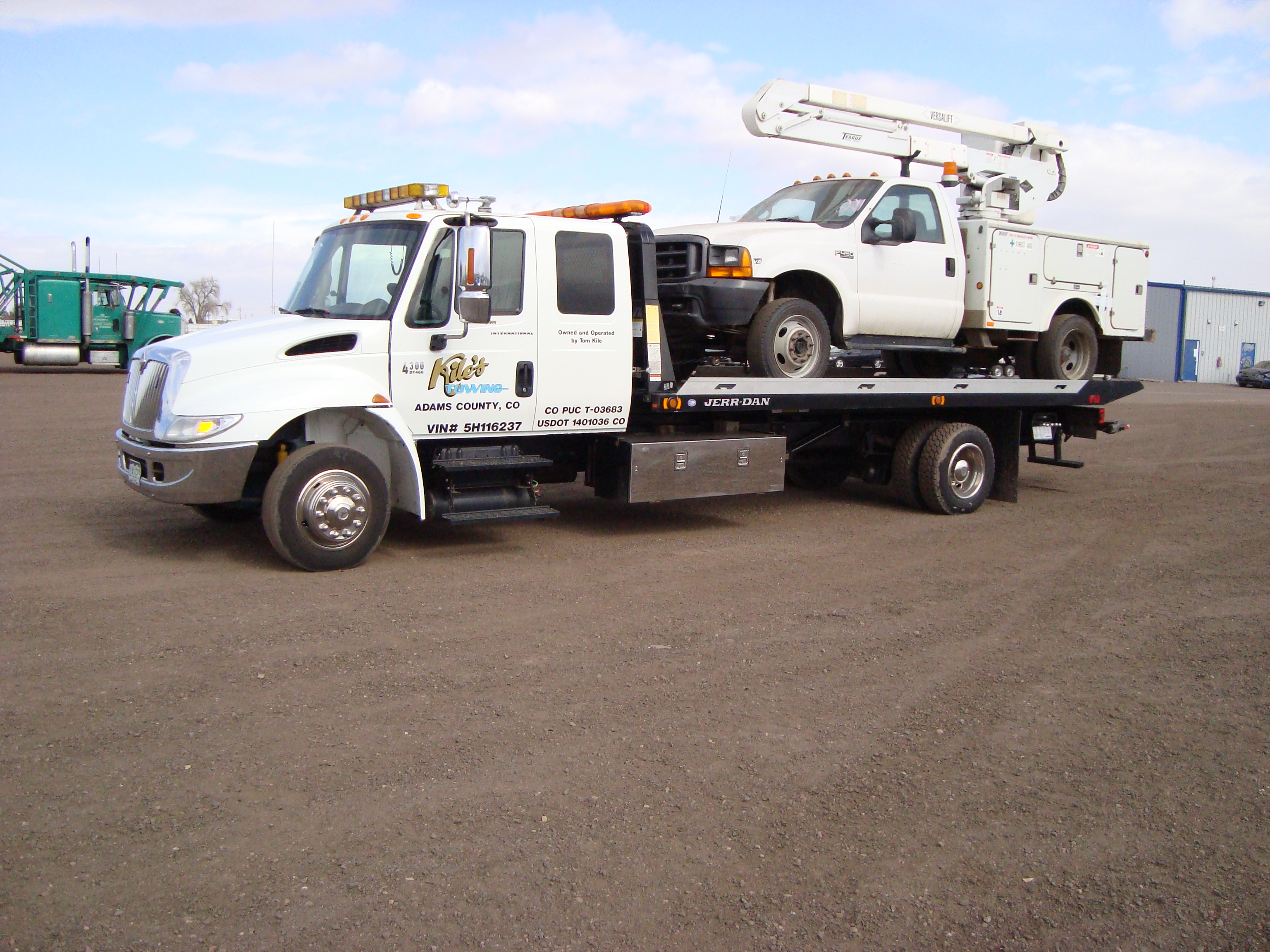 Kile's Towing image 23