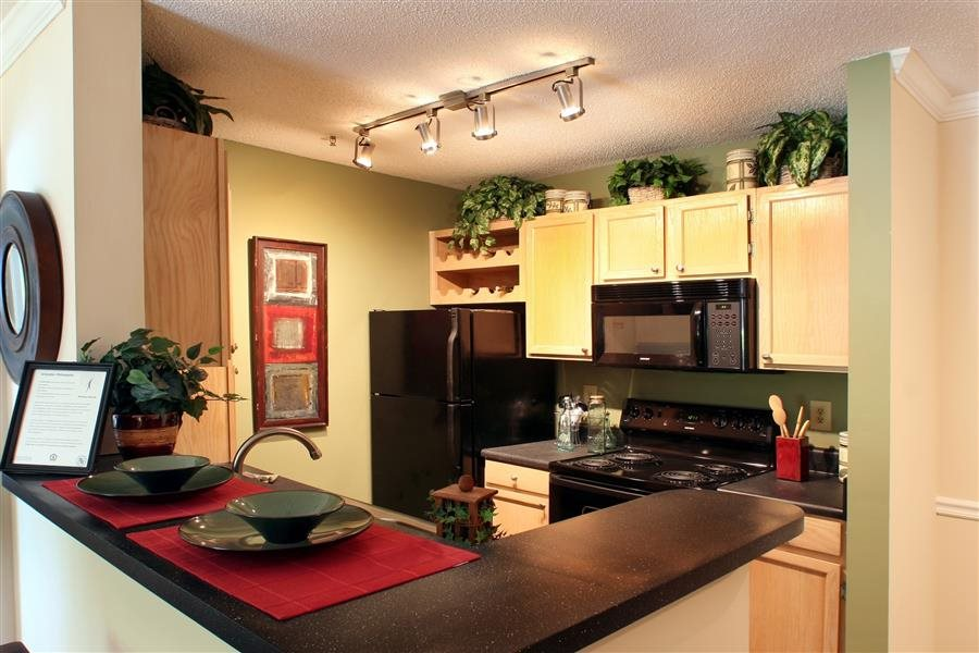 Briarcliff Apartments image 5