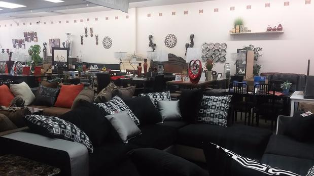 Furniture Rugs Amp More In Atlanta Ga 30349 Citysearch
